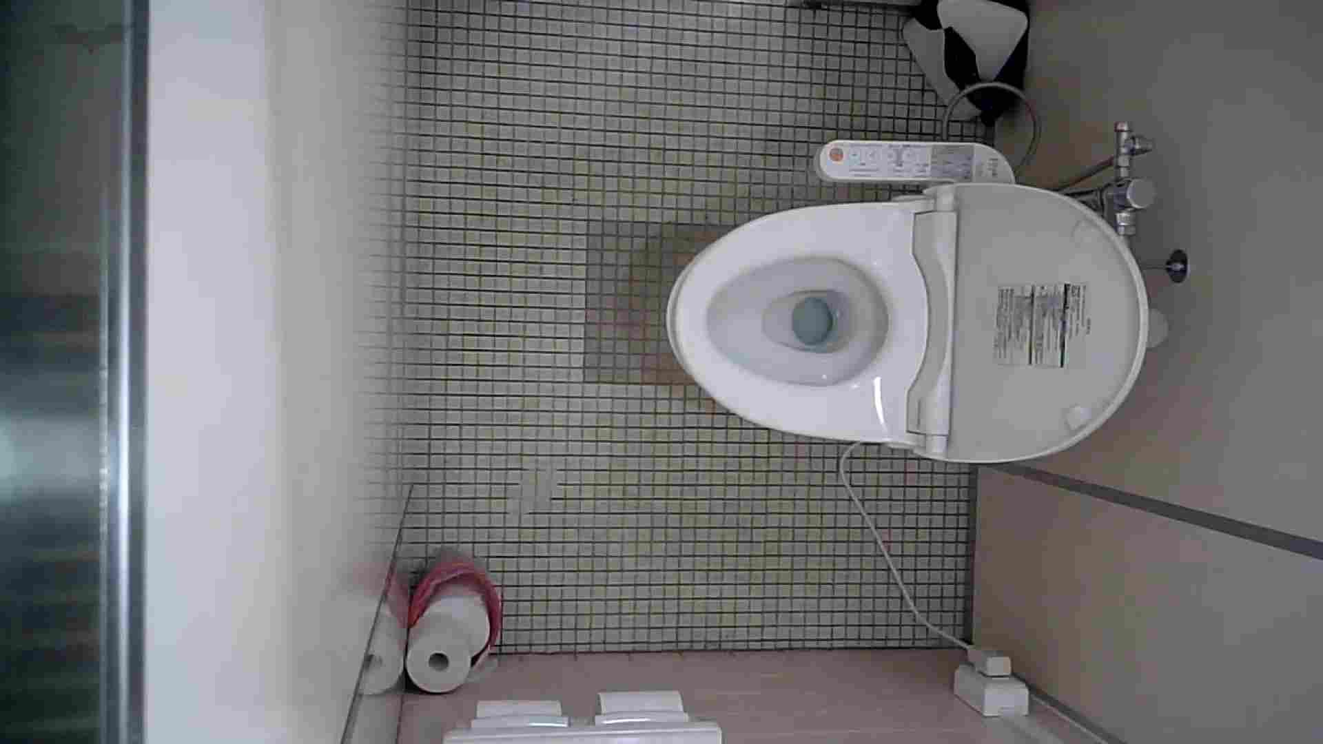 有名大学女性洗面所 vol.50 個室には3つの「目」があるみたいです。 投稿 のぞき 49画像 8
