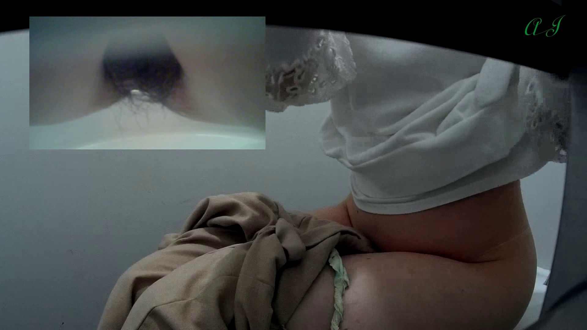 有名大学女性洗面所 vol.62 会話が弾む化粧室!! 高画質 ぱこり動画紹介 55画像 46