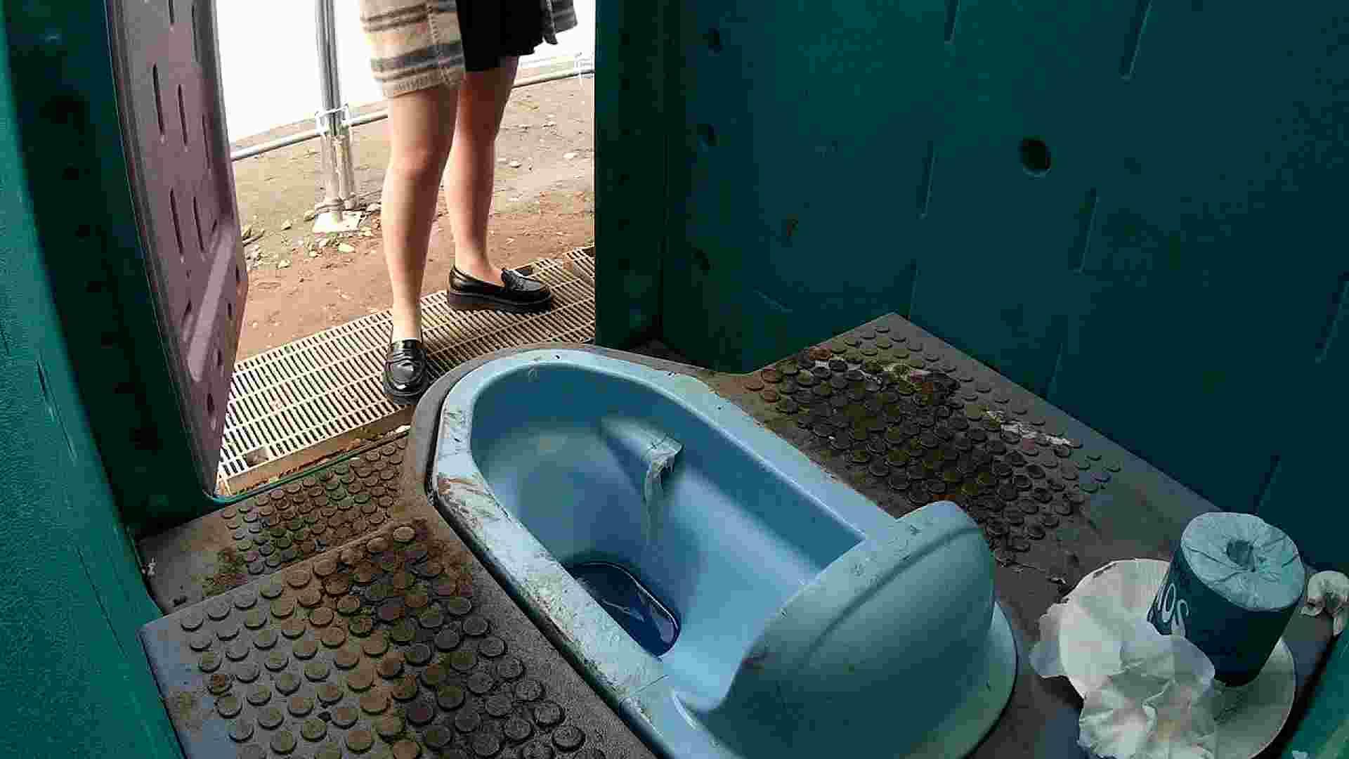 痴態洗面所 Vol.08 たっぷり汚トイレ 洗面所 ワレメ動画紹介 96画像 9