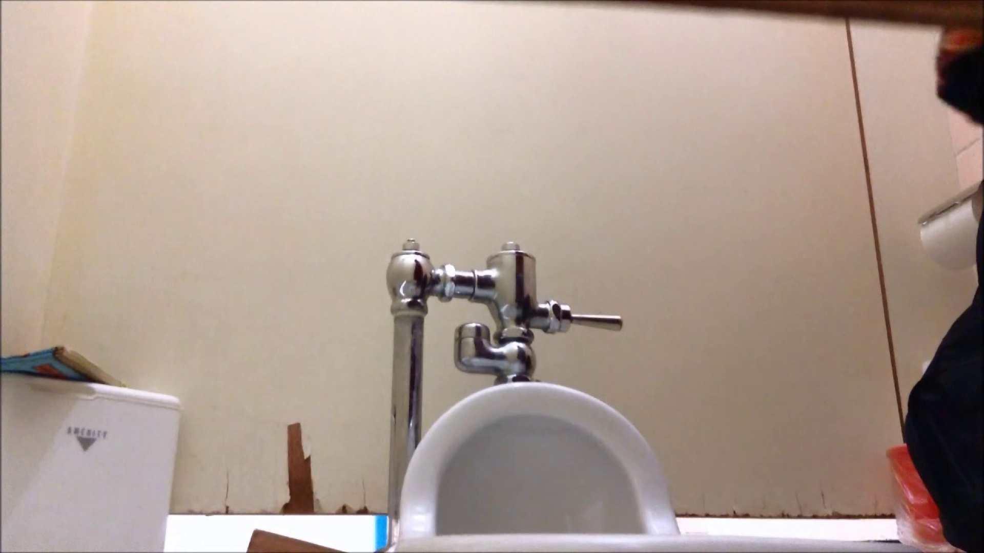 某有名大学女性洗面所 vol.06 ギャル攻め おまんこ動画流出 68画像 20