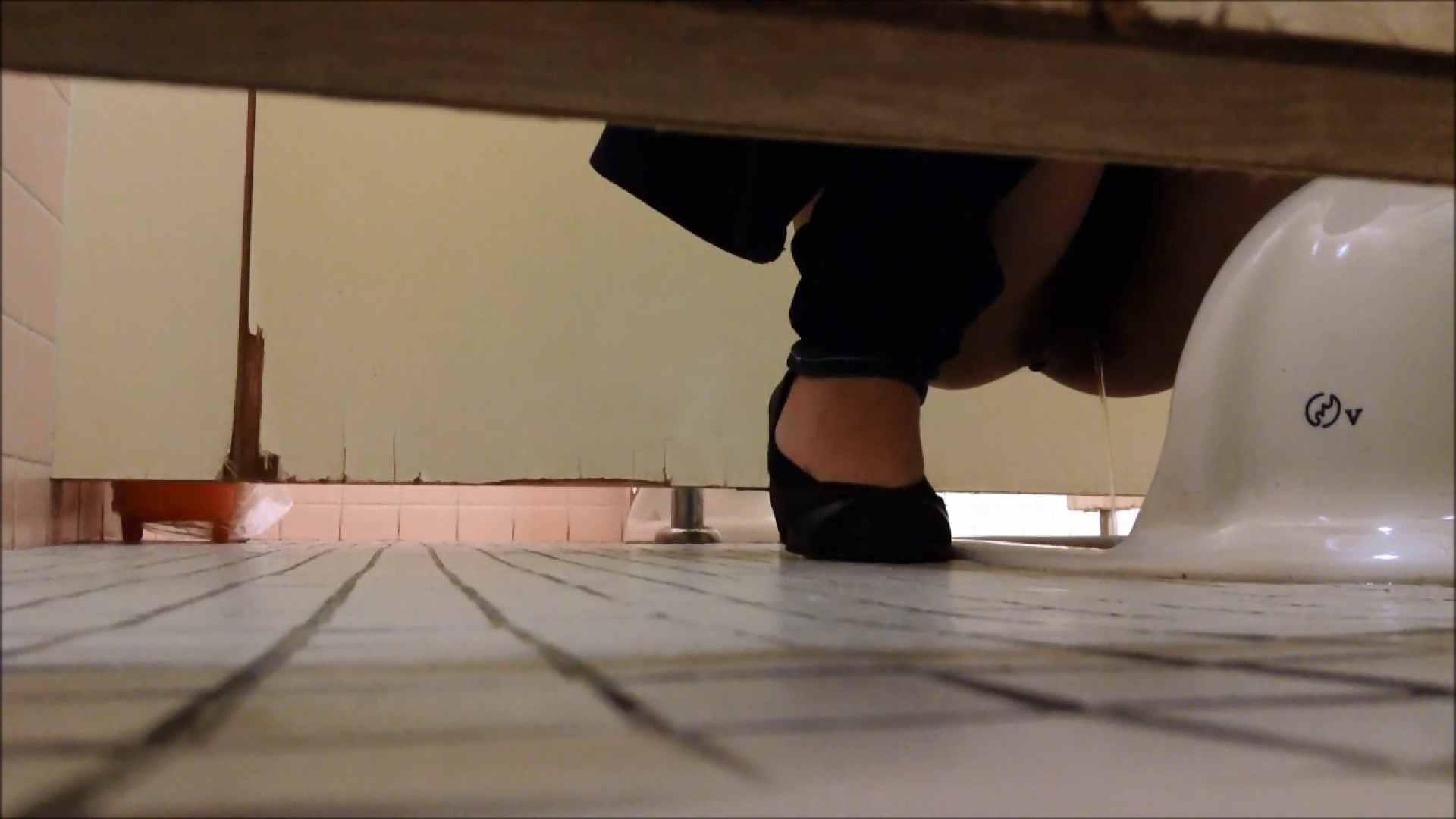 某有名大学女性洗面所 vol.06 ギャル攻め おまんこ動画流出 68画像 56
