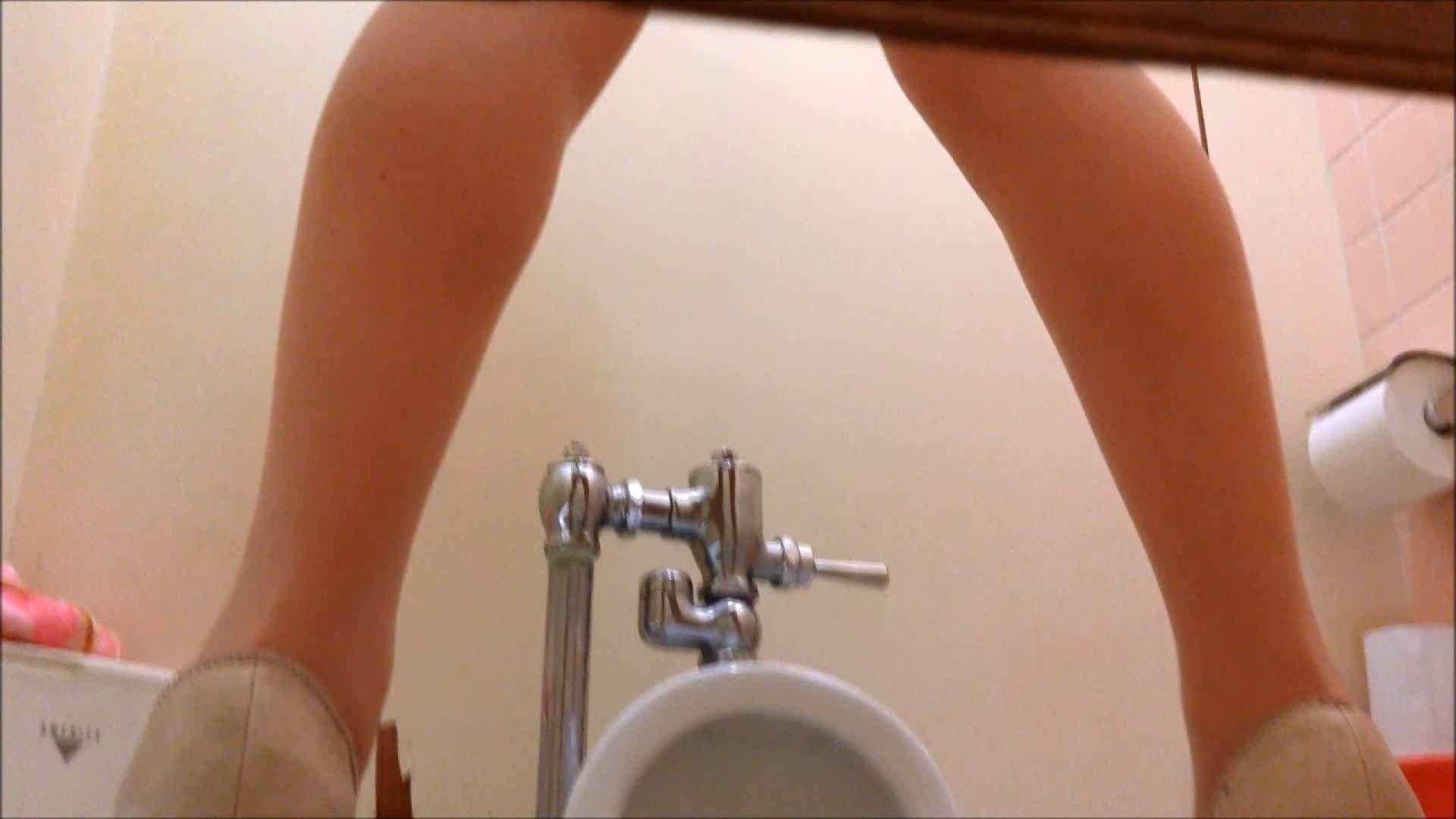 某有名大学女性洗面所 vol.16 和式で・・・ オメコ無修正動画無料 80画像 6