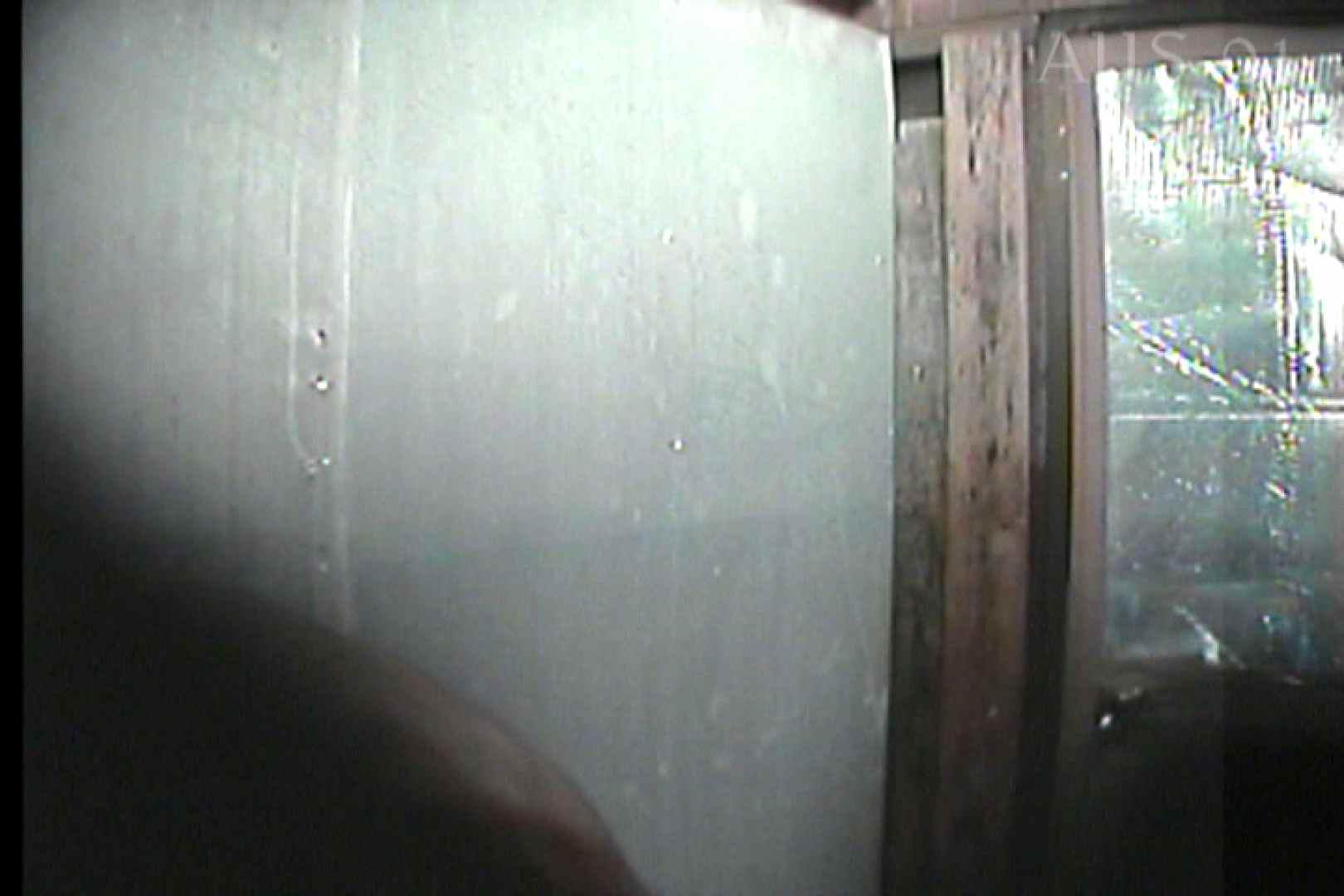 海の家の更衣室 Vol.05 美肌 ワレメ動画紹介 82画像 43