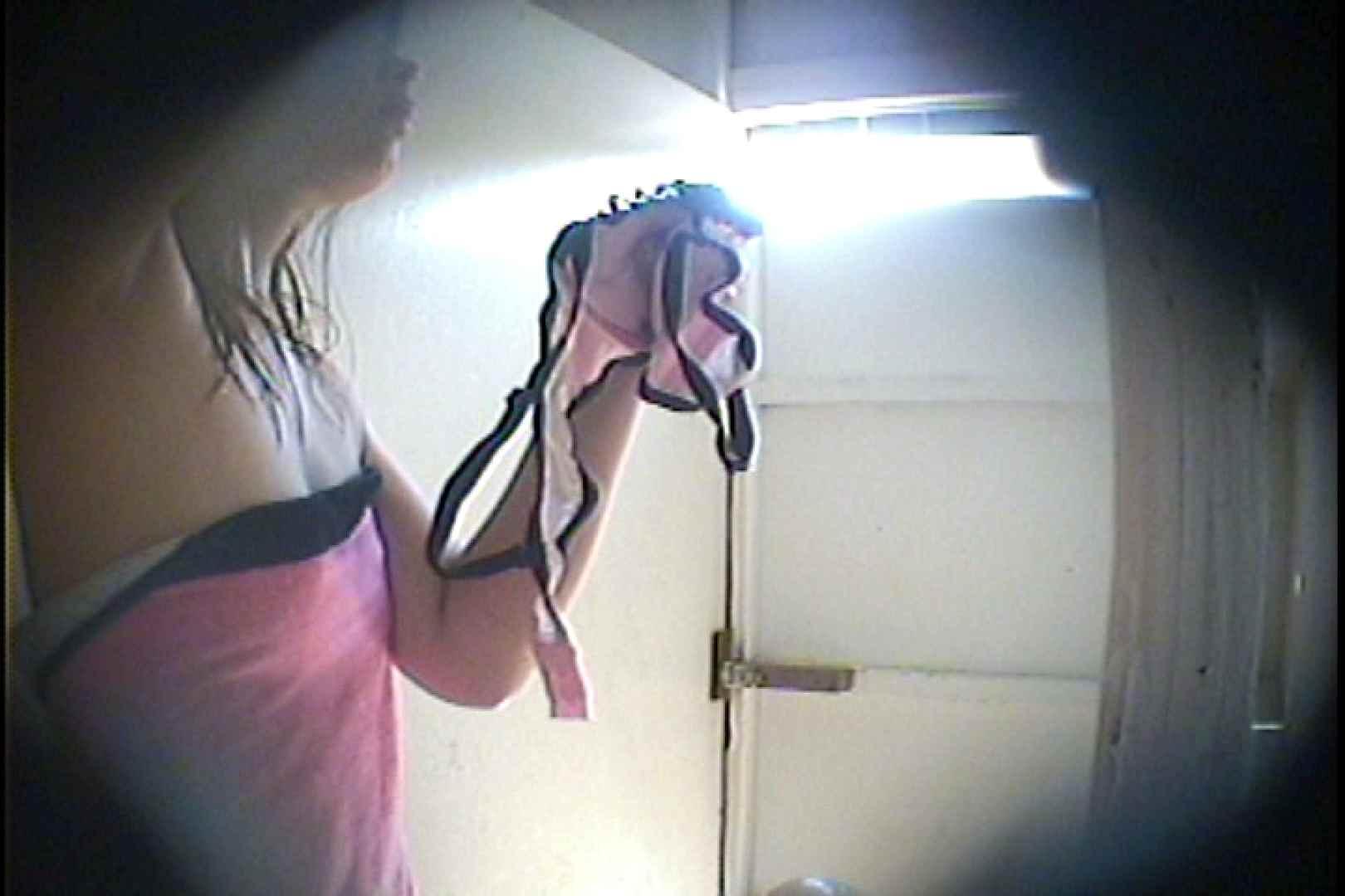 海の家の更衣室 Vol.31 シャワー  99画像 98
