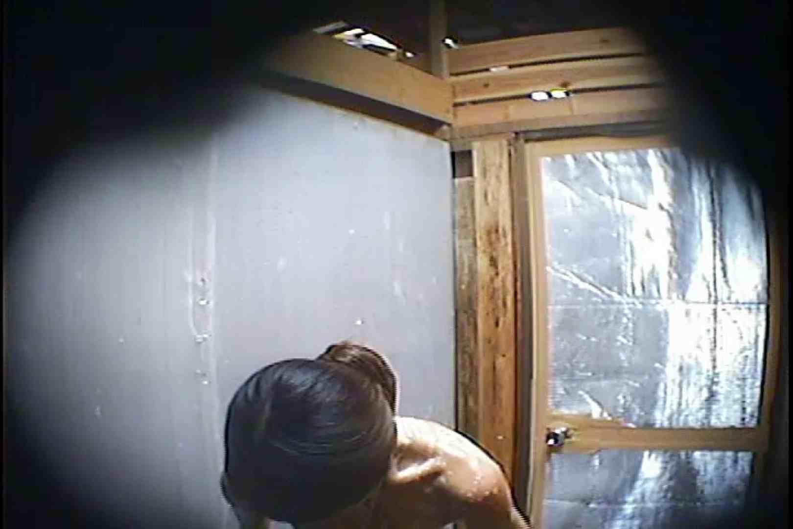 海の家の更衣室 Vol.45 シャワー | ギャル攻め  79画像 67