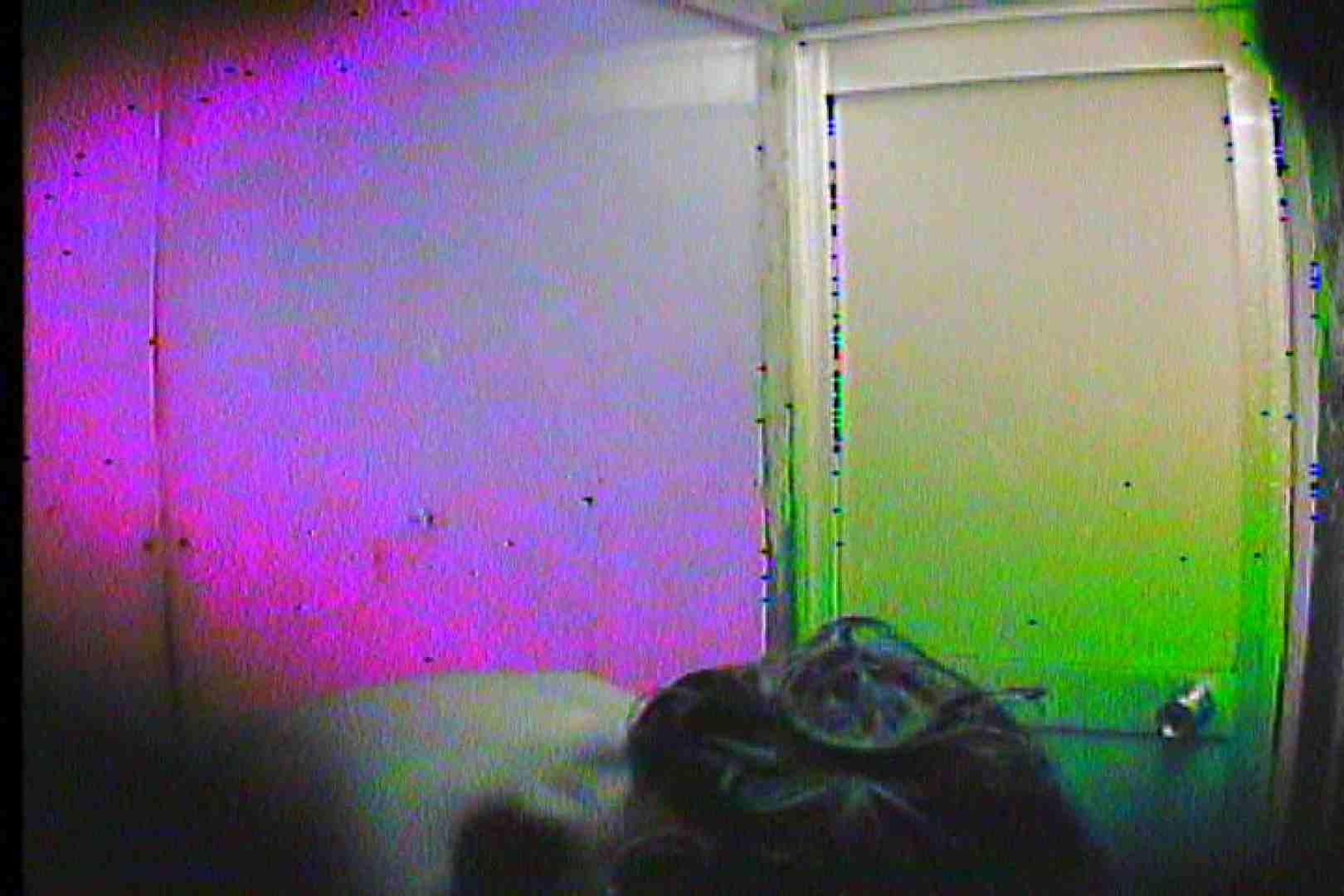 海の家の更衣室 Vol.46 盛合せ 戯れ無修正画像 82画像 72