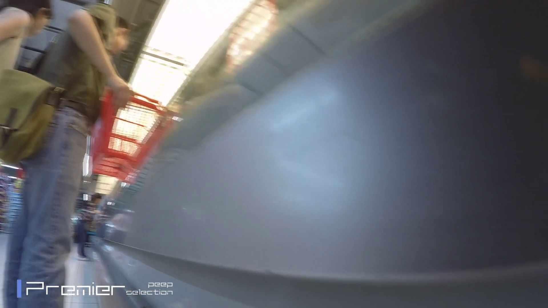 白ミニワンピから覗むピンクの華 美女の下半身を粘着撮り! Vol.01 チラ えろ無修正画像 59画像 27
