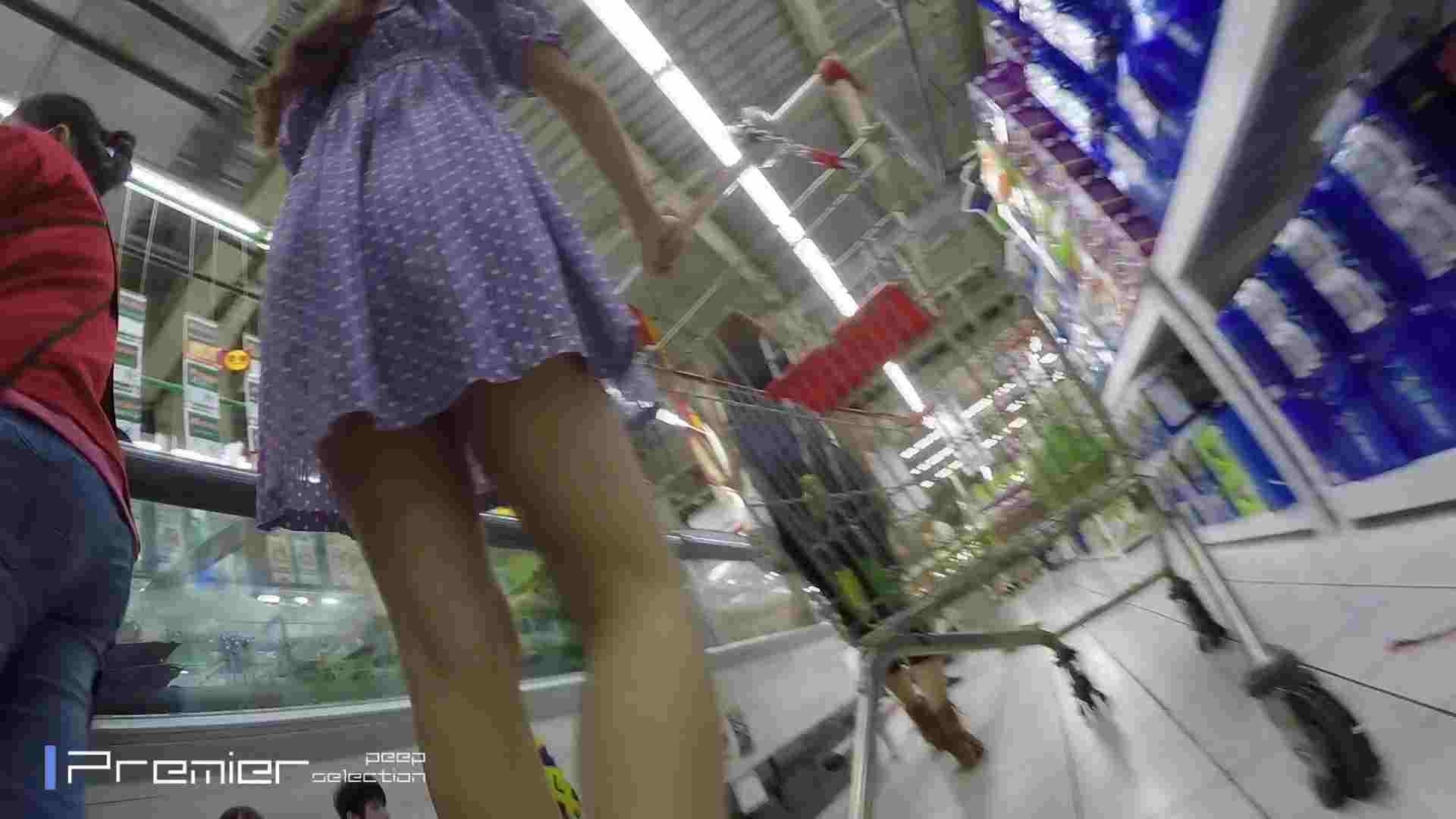 美女の下半身を粘着撮り!卑猥なパンチラ Vol.05 チラ オメコ無修正動画無料 61画像 48