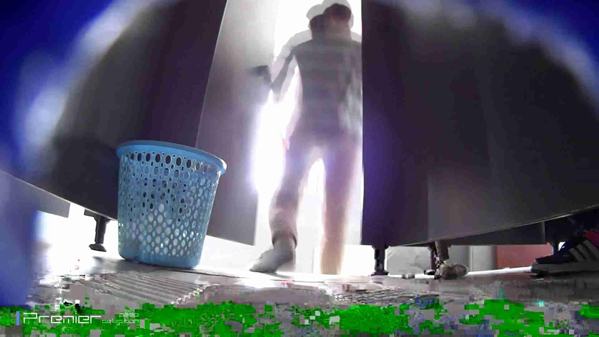 清楚なJDトイレ盗撮 大学休憩時間の洗面所事情41 洗面所 スケベ動画紹介 69画像 40