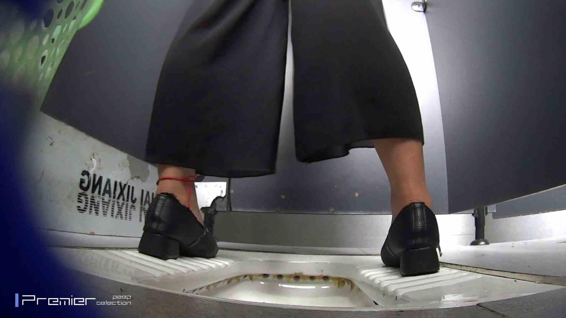 夏全開!ハーフパンツのギャル達 大学休憩時間の洗面所事情44 美肌  105画像 12
