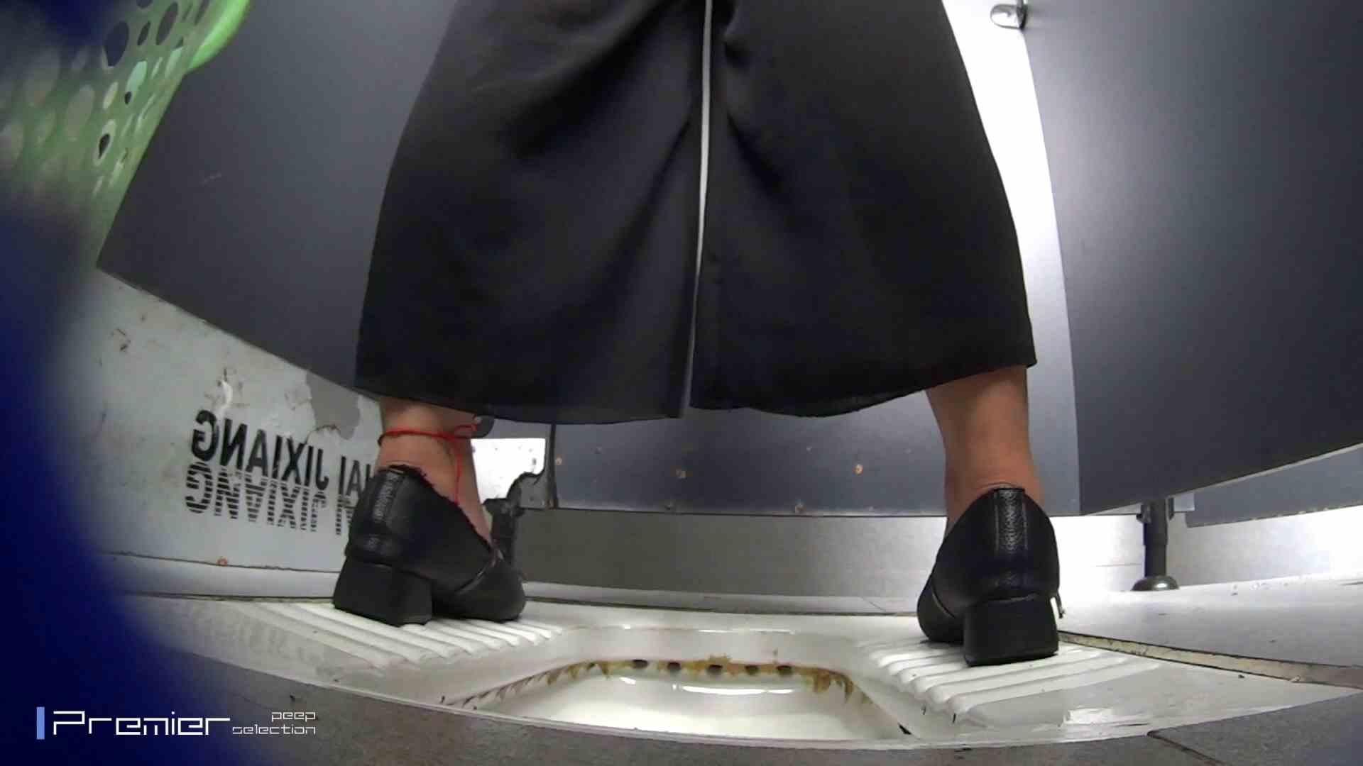 夏全開!ハーフパンツのギャル達 大学休憩時間の洗面所事情44 美肌 | 高評価  105画像 13