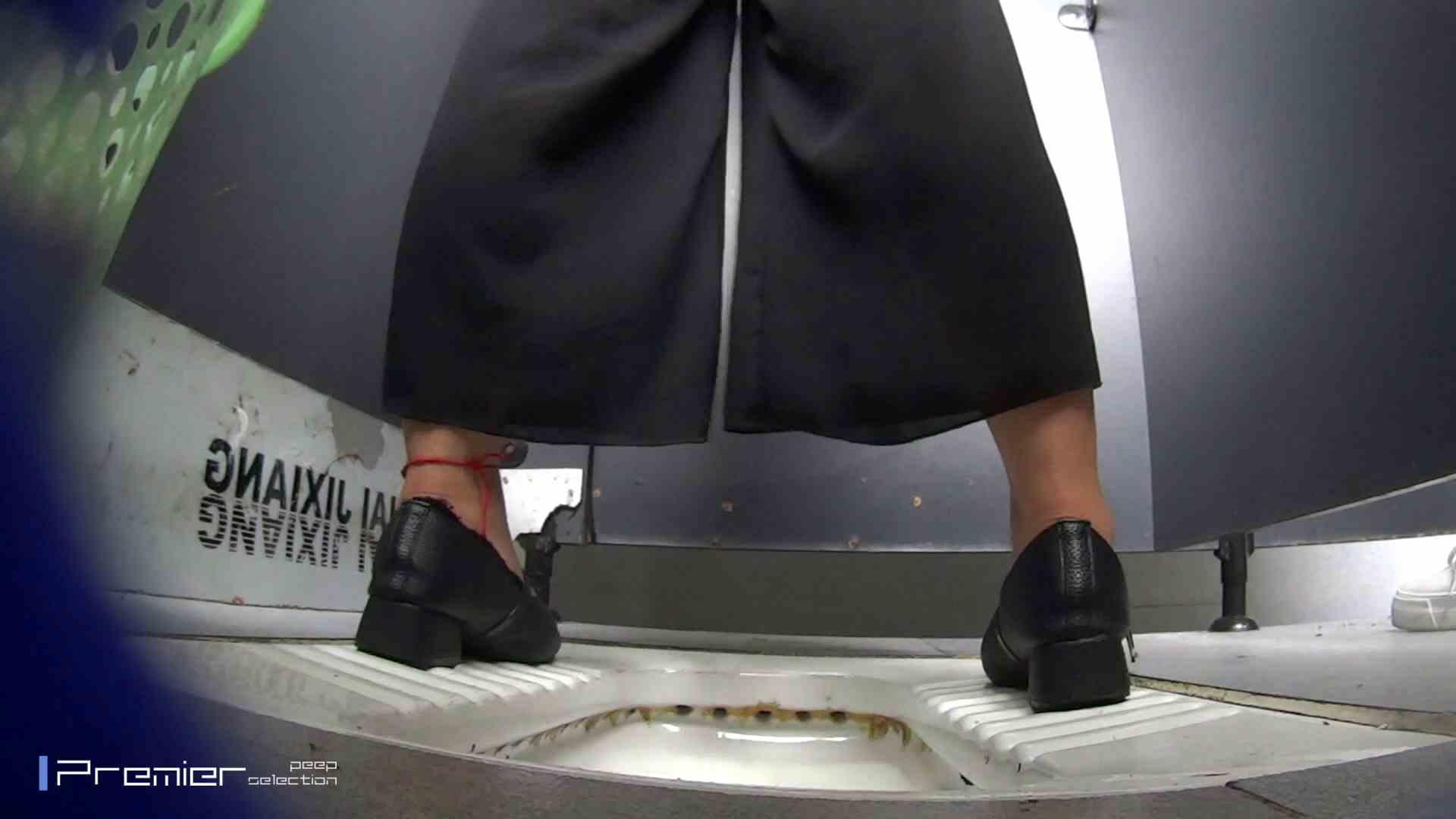 夏全開!ハーフパンツのギャル達 大学休憩時間の洗面所事情44 お姉さん攻略 オマンコ無修正動画無料 105画像 17