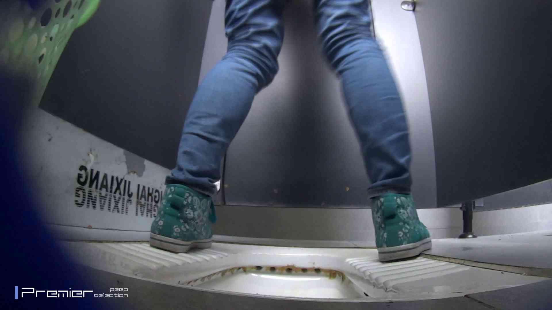 ポチャが多めの洗面所 大学休憩時間の洗面所事情45 ポチャ体型 スケベ動画紹介 76画像 71