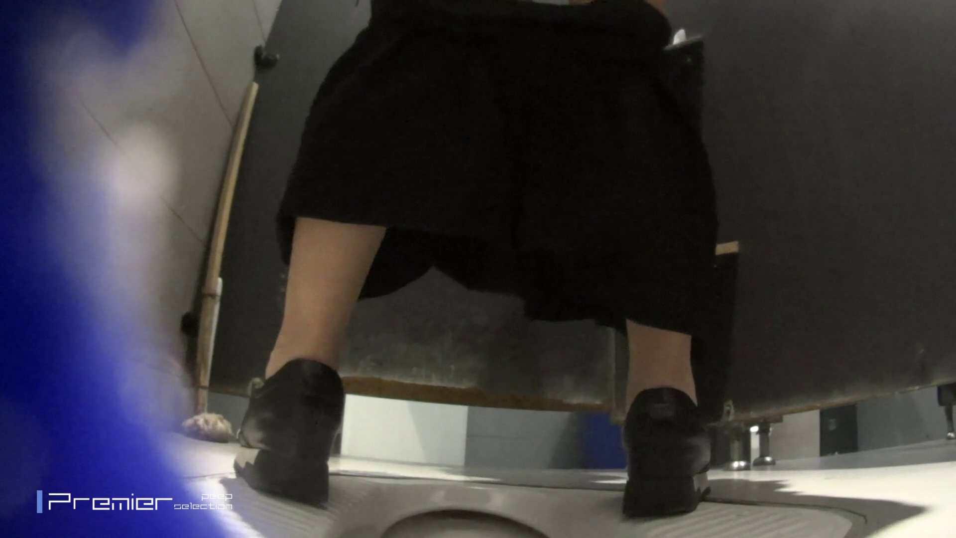 美女の長めのトイレ 大学休憩時間の洗面所事情53 細身女性 おまんこ動画流出 71画像 18
