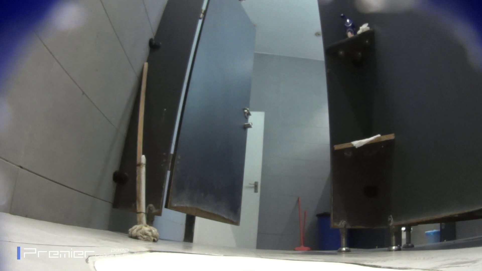 個室のドアを開けたまま放nyoする乙女 大学休憩時間の洗面所事情85 細身女性 オメコ動画キャプチャ 89画像 5