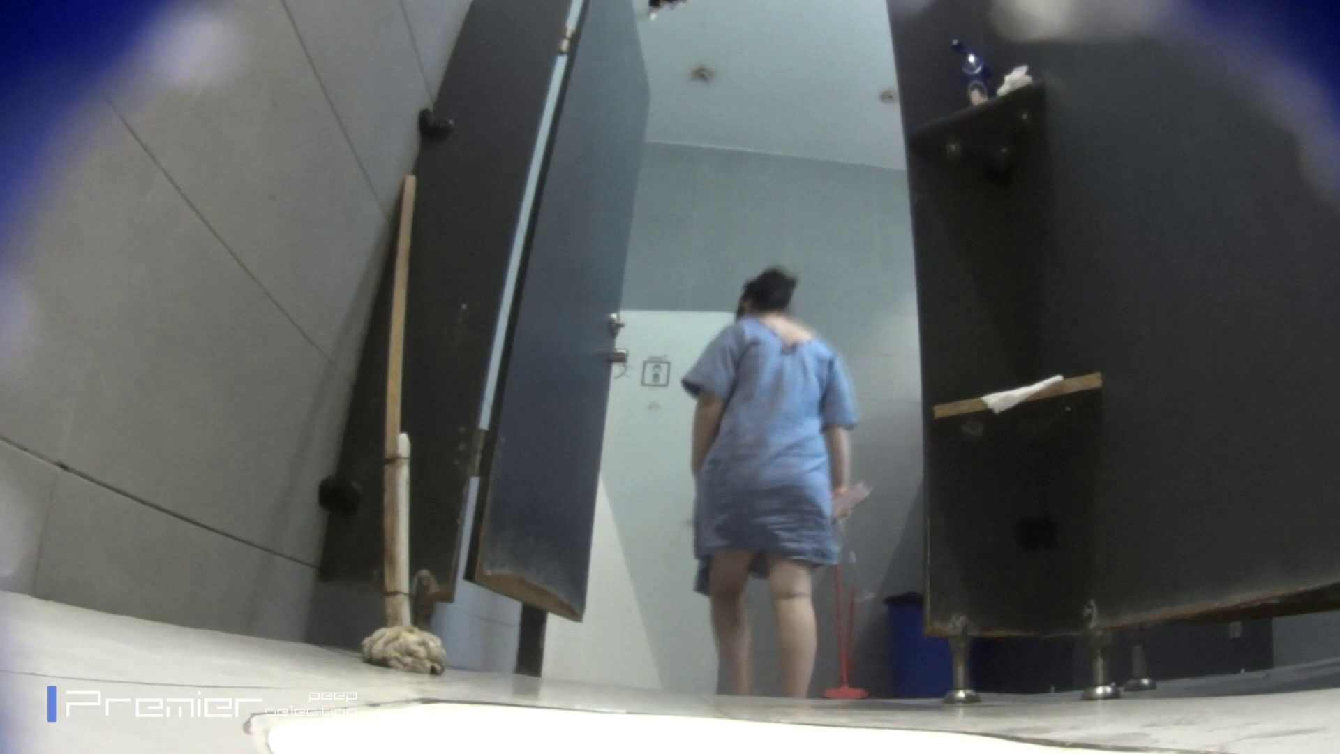 個室のドアを開けたまま放nyoする乙女 大学休憩時間の洗面所事情85 美女 オマンコ無修正動画無料 89画像 32