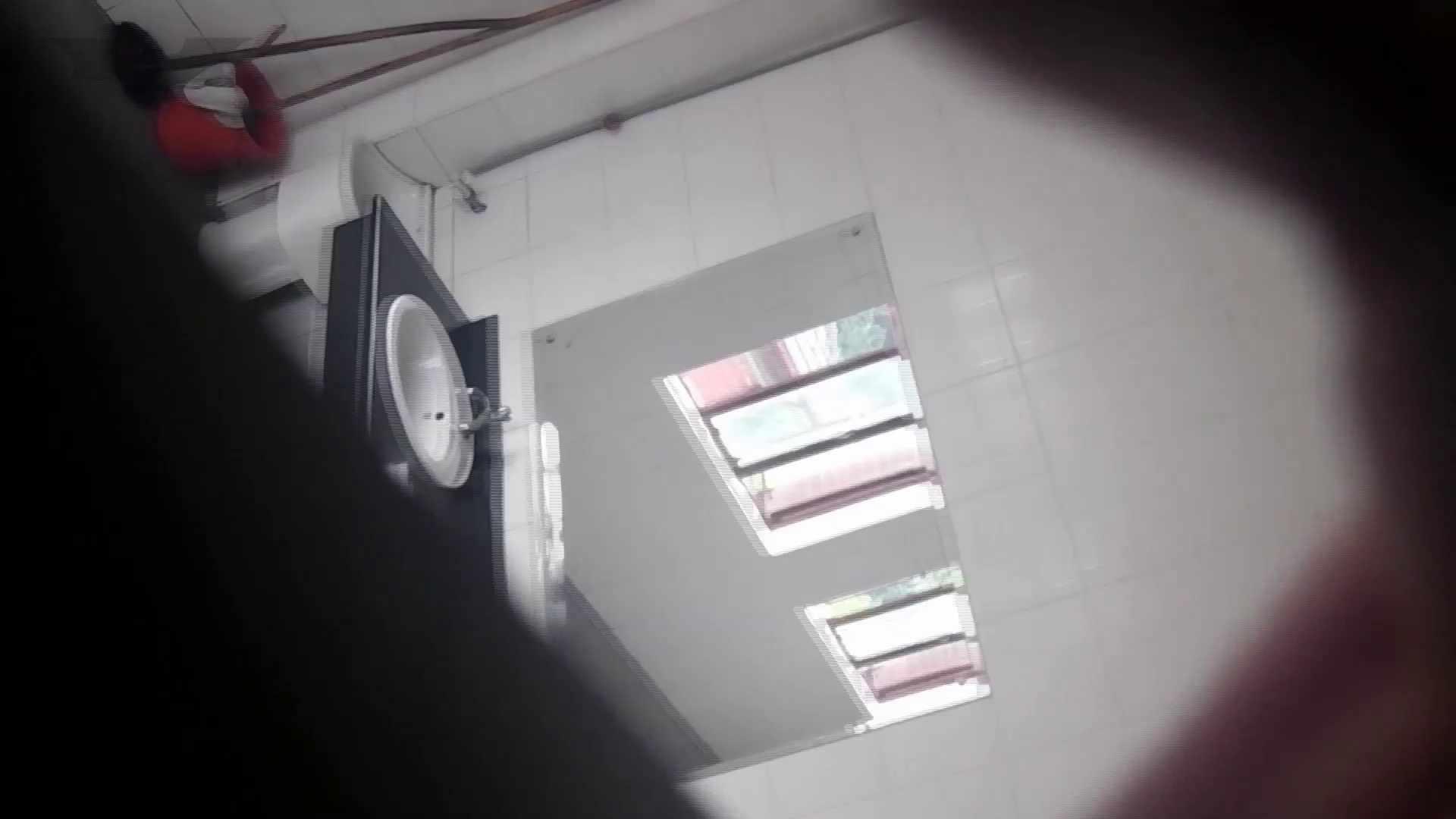 潜入!!台湾名門女学院 Vol.04 二ケツ同時撮り!! 美女   洗面所  108画像 10