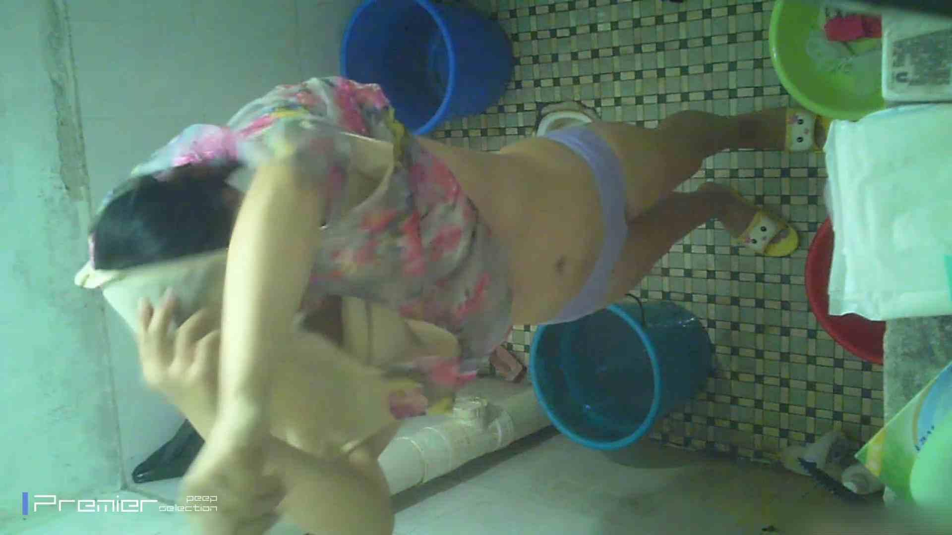 美女の痴態に密着!洗面所で入浴!  潜入 おまんこ動画流出 87画像 11
