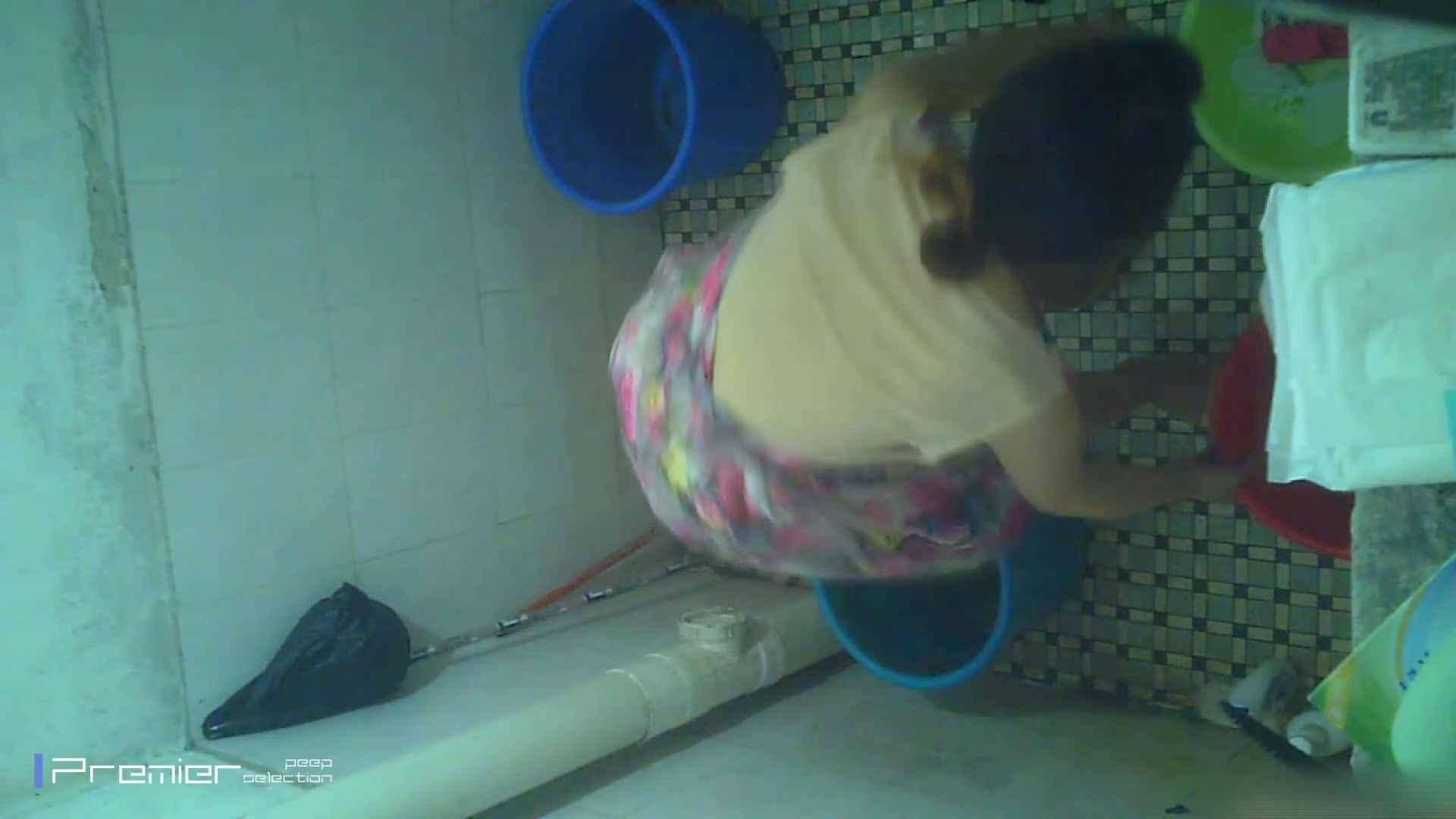 美女の痴態に密着!洗面所で入浴!  チラ われめAV動画紹介 87画像 14