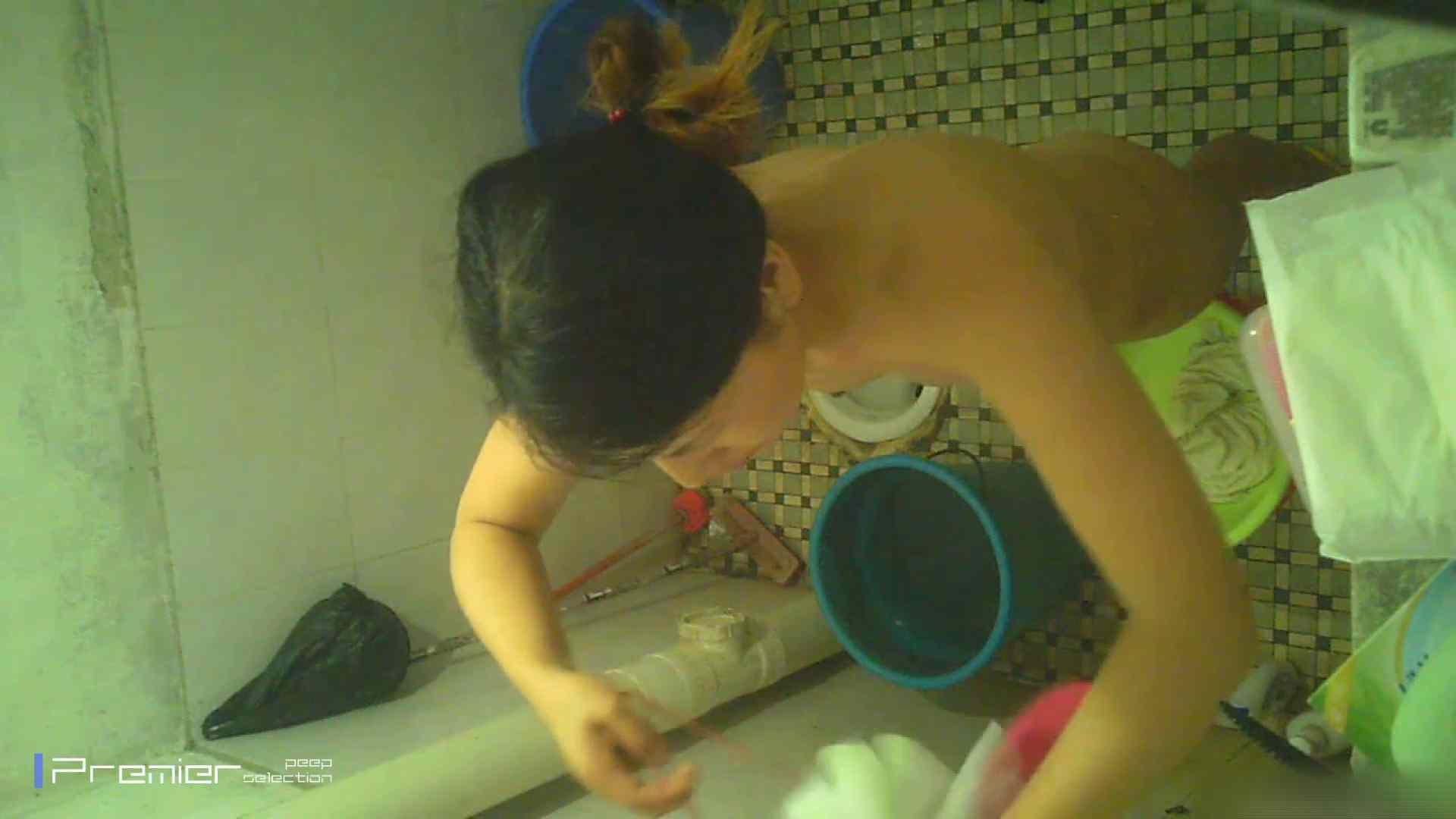美女の痴態に密着!洗面所で入浴!  美女 AV無料 87画像 25