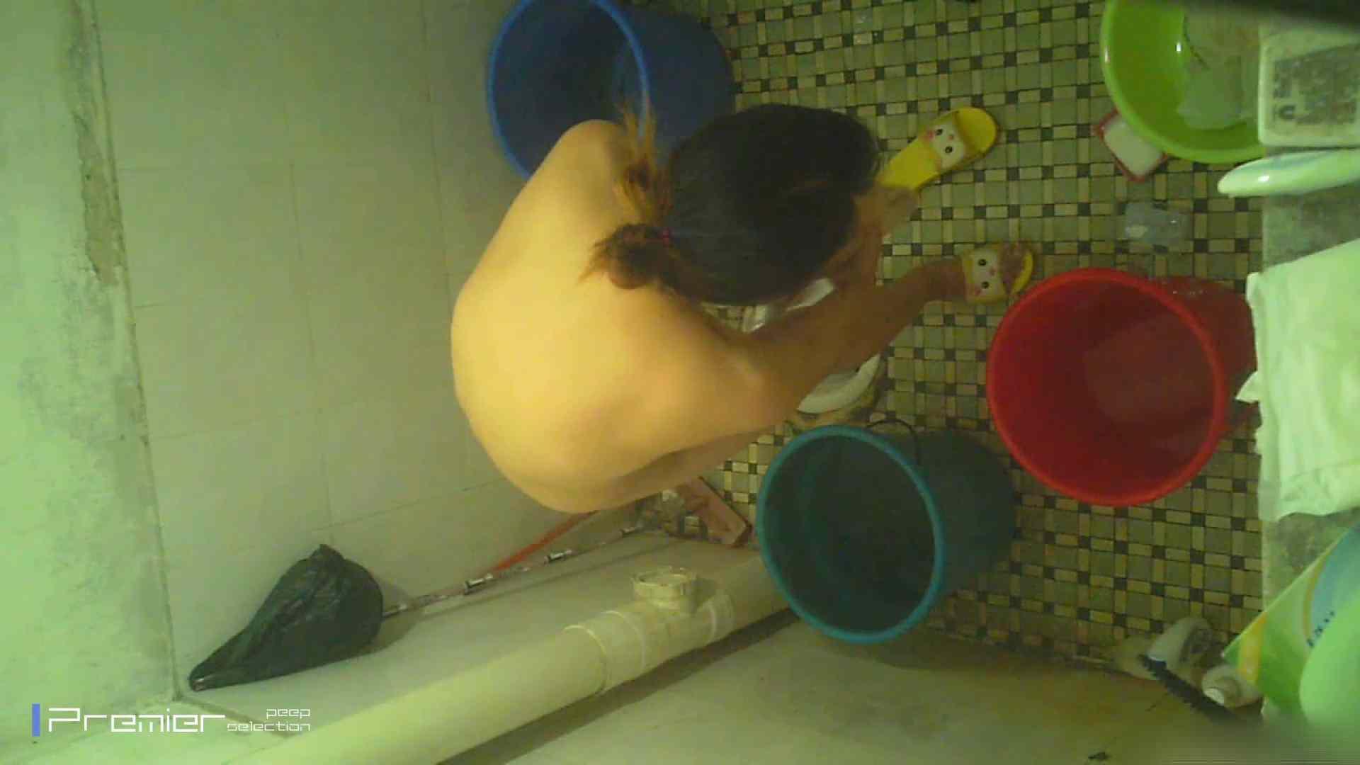 美女の痴態に密着!洗面所で入浴!  美乳 えろ無修正画像 87画像 39