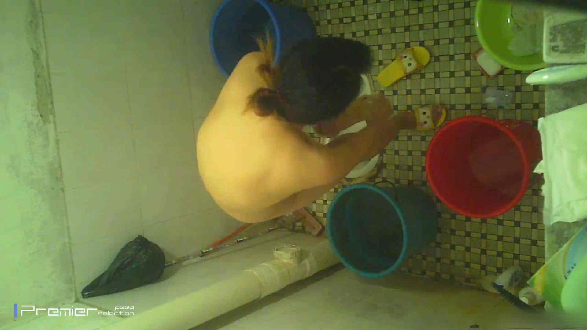 美女の痴態に密着!洗面所で入浴!  盗撮で悶絶 オメコ無修正動画無料 87画像 40