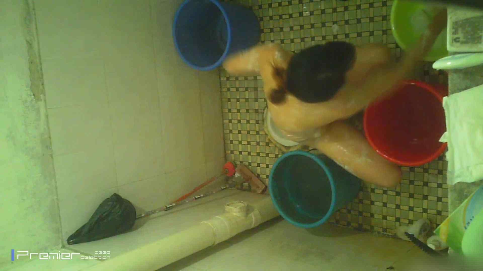 美女の痴態に密着!洗面所で入浴!  桃色乳首 エロ無料画像 87画像 58