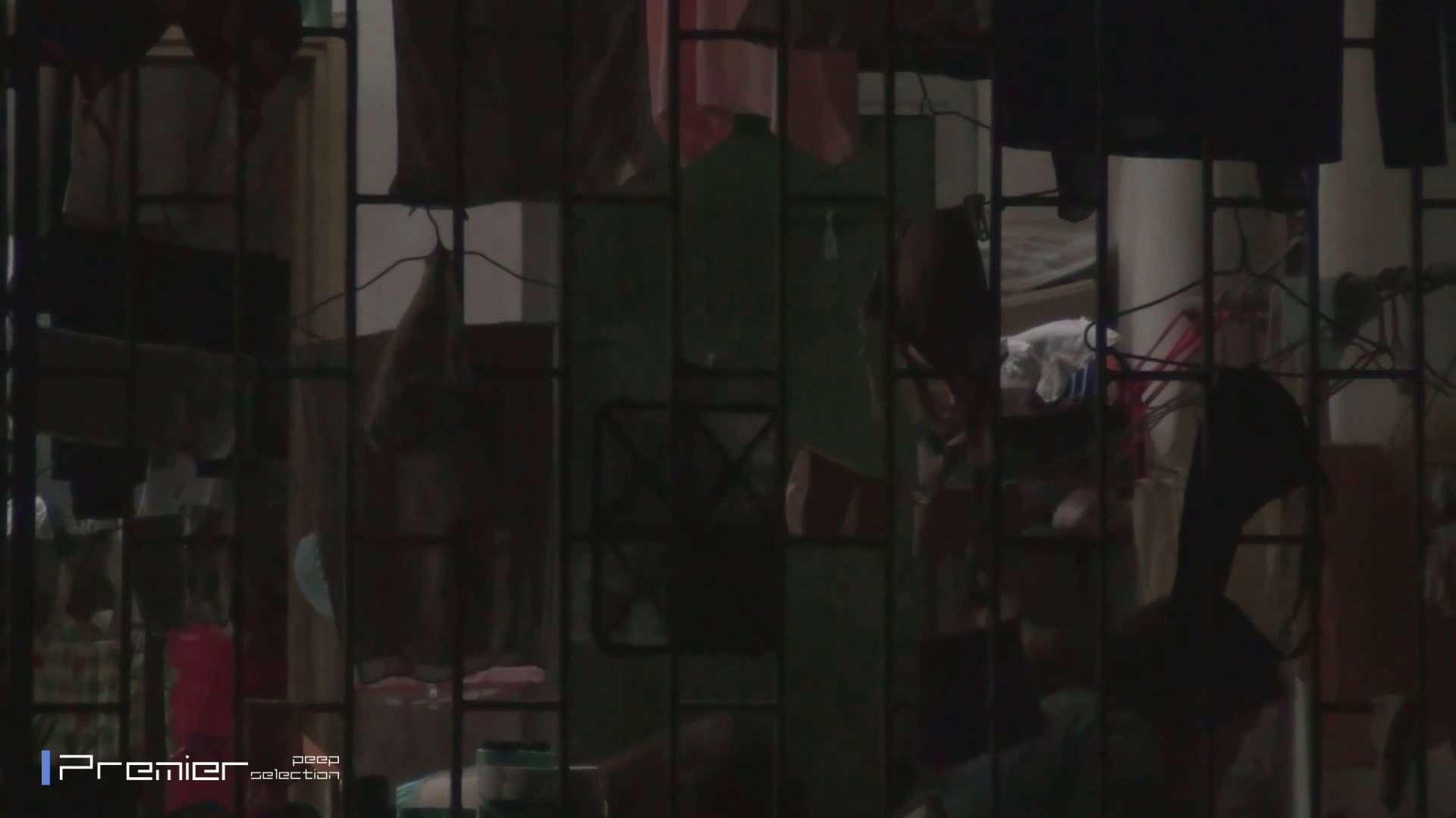 美女の痴態に密着!洗濯物を干す女 Vol.07 潜入 おめこ無修正画像 98画像 7