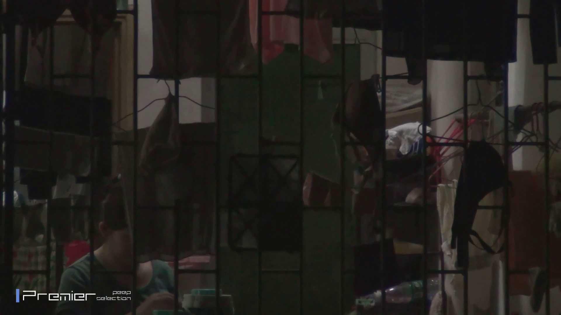 美女の痴態に密着!洗濯物を干す女 Vol.07 洗面所 性交動画流出 98画像 58