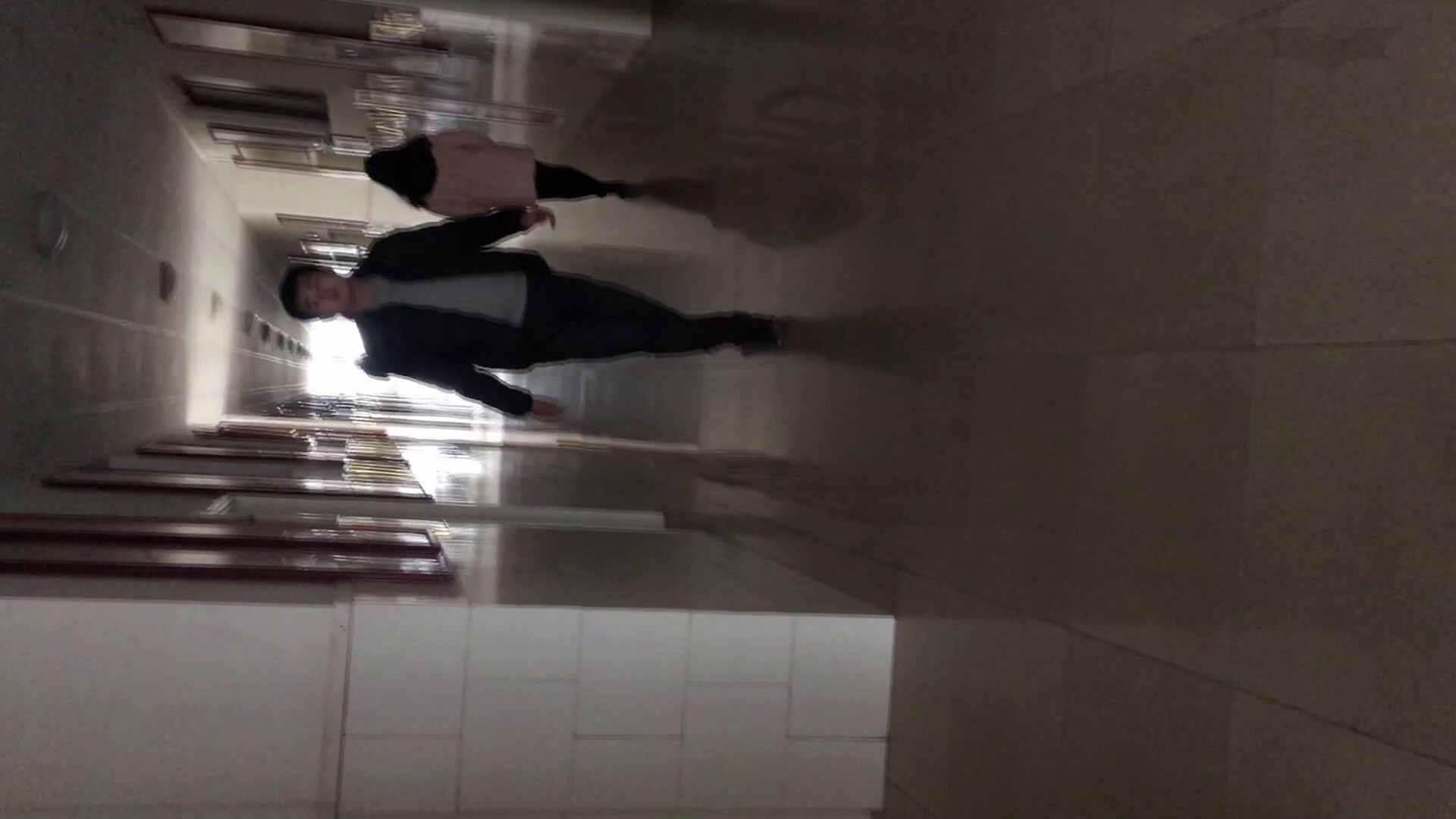 芸術大学ガチ潜入盗撮 JD盗撮 美女の洗面所の秘密 Vol.80 高評価 ワレメ動画紹介 69画像 21