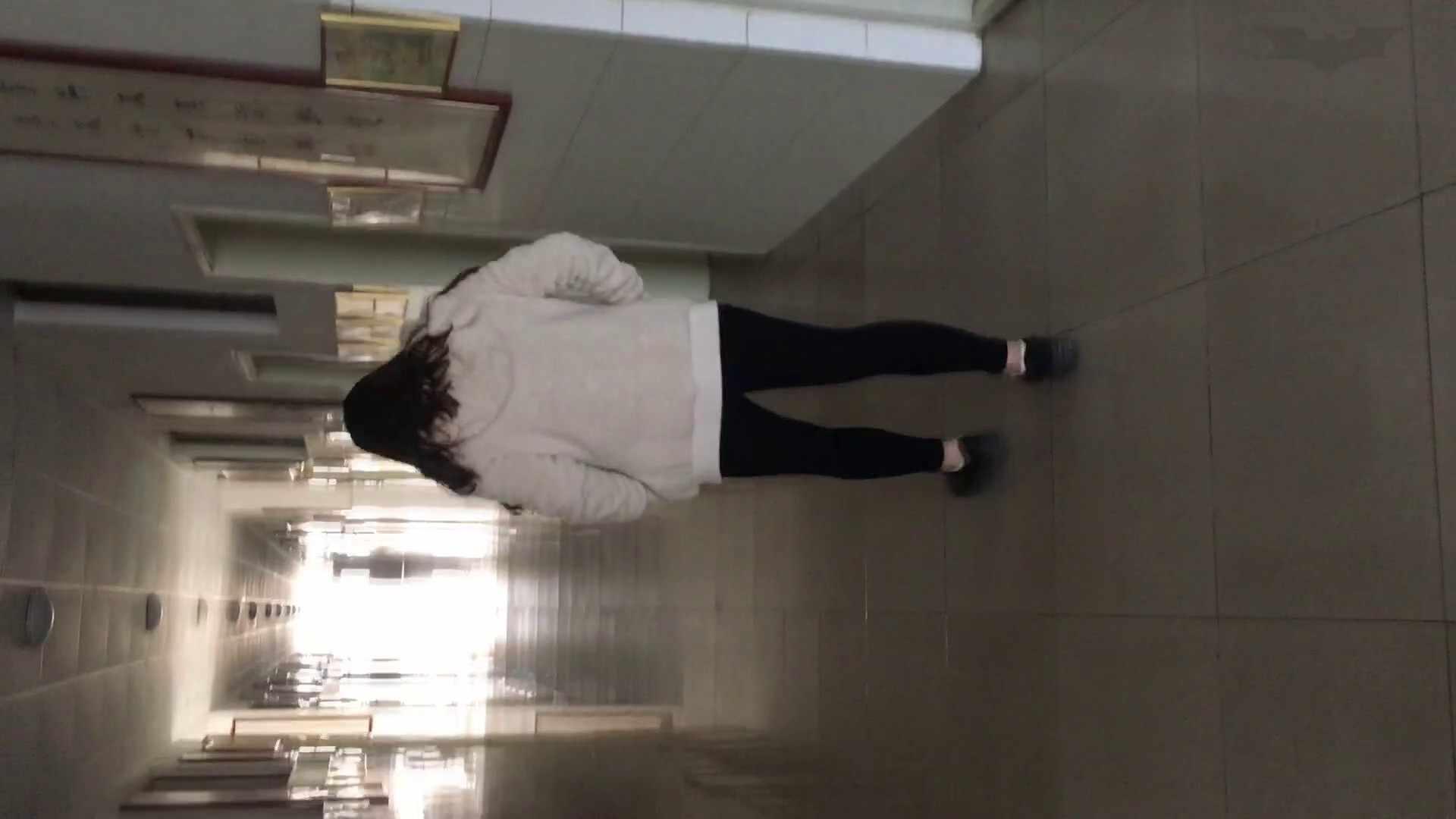 芸術大学ガチ潜入盗撮 JD盗撮 美女の洗面所の秘密 Vol.92 トイレのぞき オメコ無修正動画無料 56画像 54