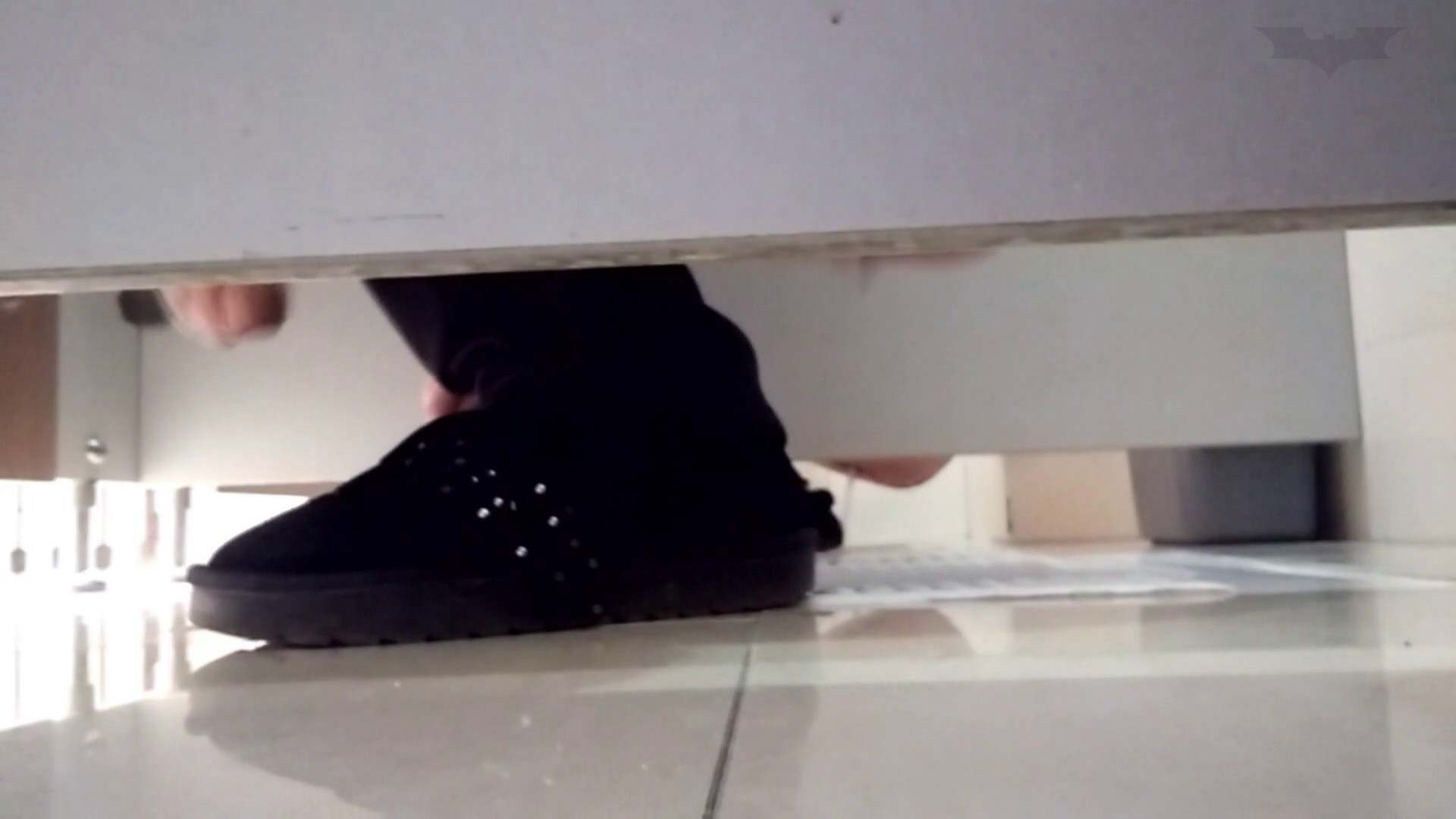 芸術大学ガチ潜入盗撮 JD盗撮 美女の洗面所の秘密 Vol.98 洗面所  48画像 12