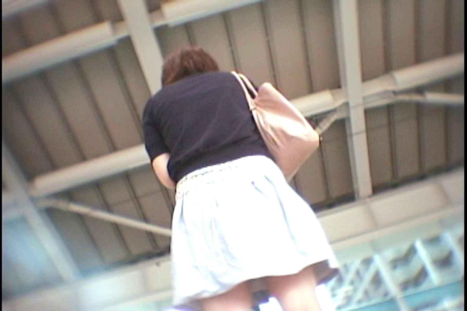 会員No.2 KAIさんのパンチラOL通勤の会 チラ 濡れ場動画紹介 93画像 3