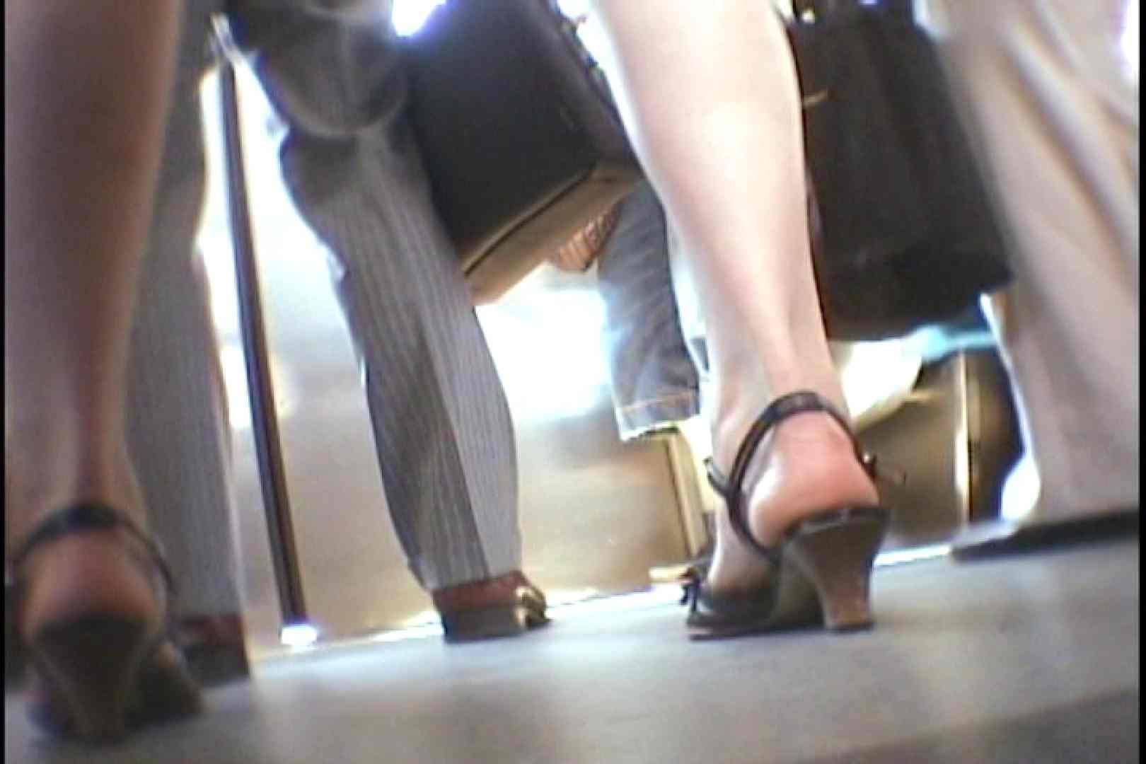 会員No.2 KAIさんのパンチラOL通勤の会 お姉さん攻略 おめこ無修正画像 93画像 14