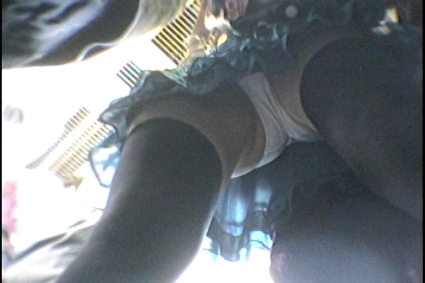 会員No.3 KAIさんのパンチラOL通勤の会 お姉さん攻略  57画像 56