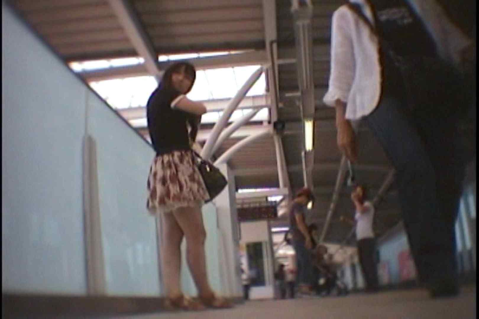 会員No.8 KAIさんのパンチラOL通勤の会 パンツ特集  109画像 4