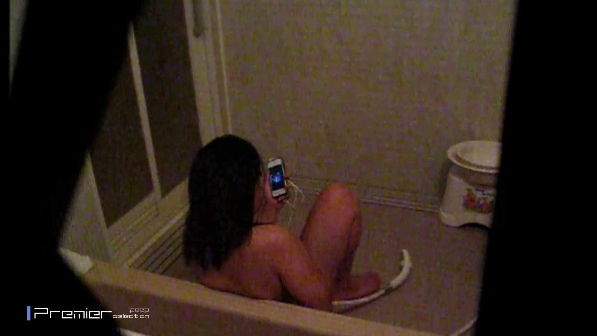 携帯触りなが満子をいじる 乙女の風呂場 Vol.19 細身女性 ヌード画像 76画像 4