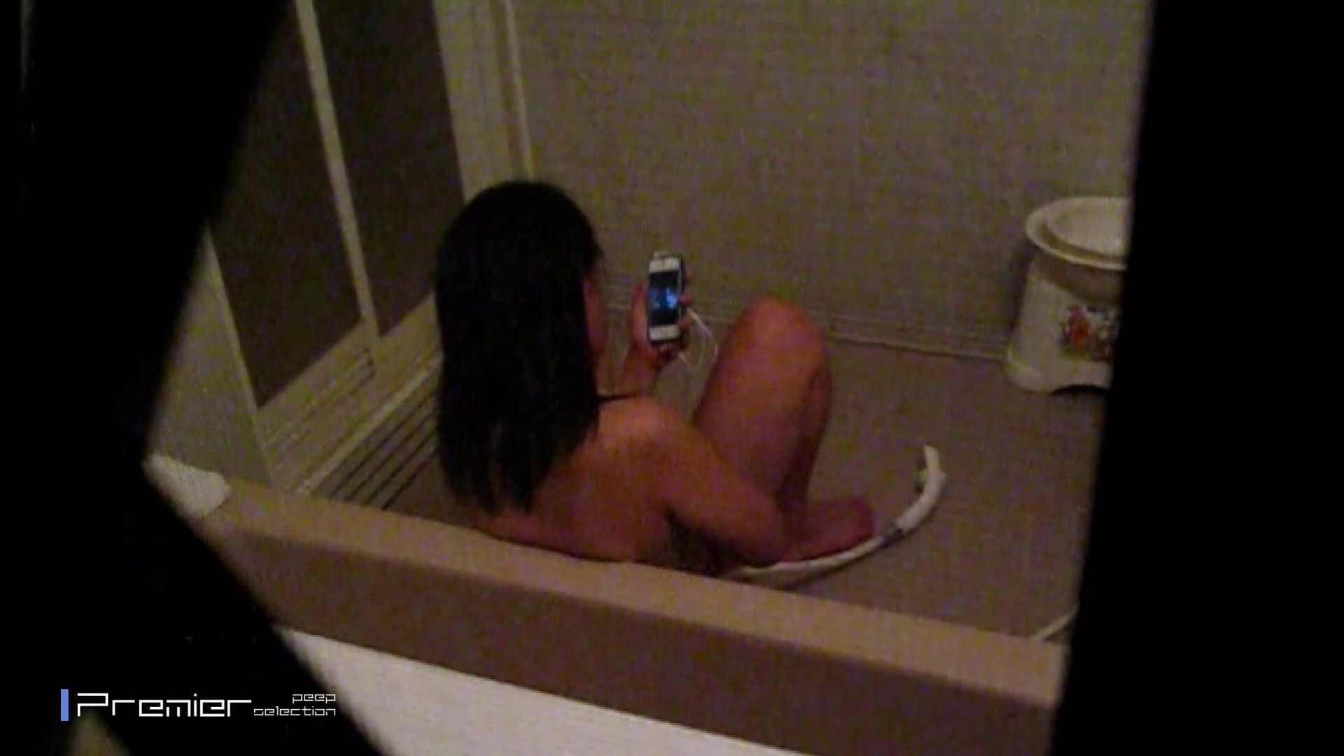 携帯触りなが満子をいじる 乙女の風呂場 Vol.19 美肌  76画像 24
