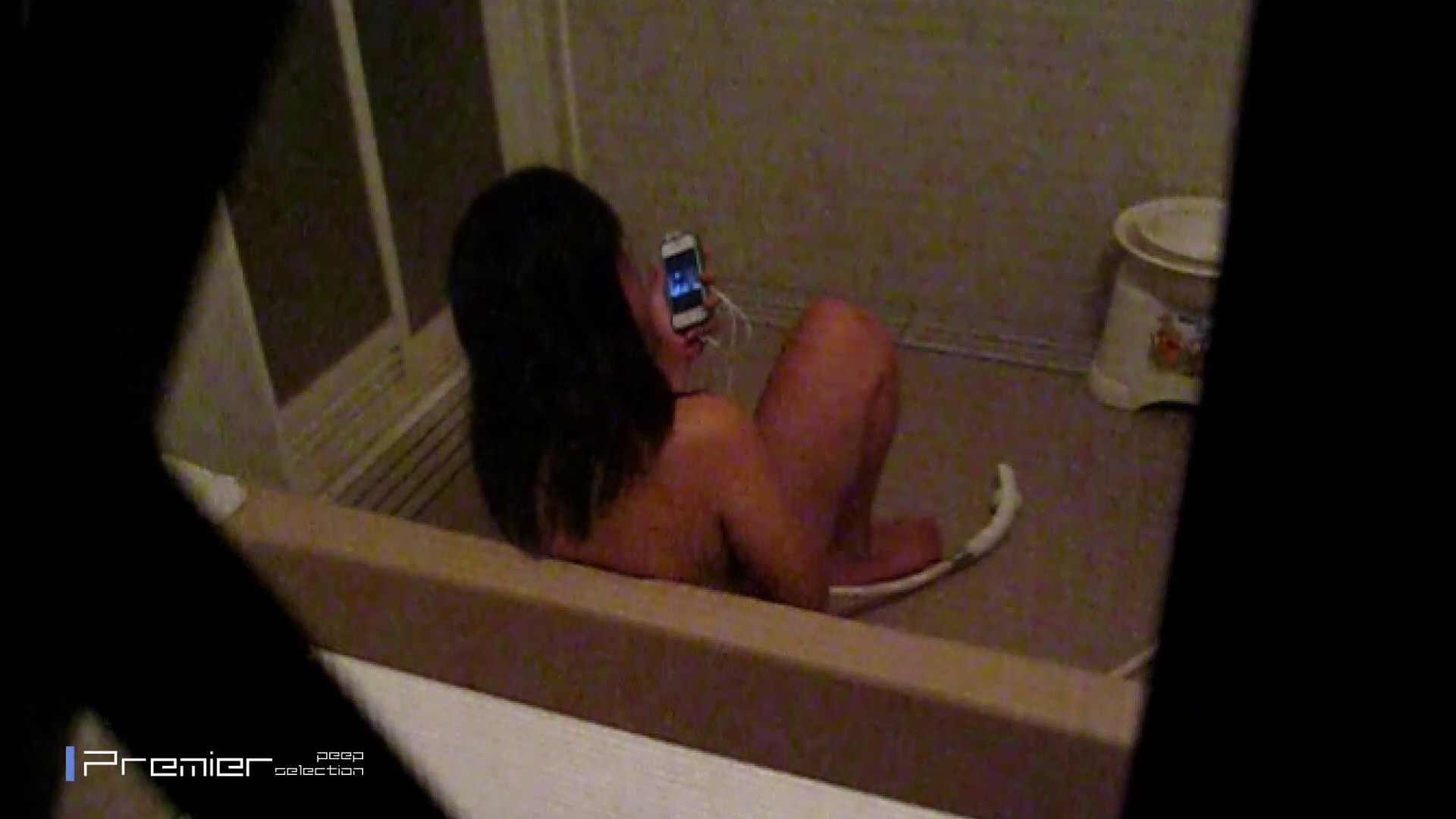 携帯触りなが満子をいじる 乙女の風呂場 Vol.19 ギャル攻め エロ無料画像 76画像 26