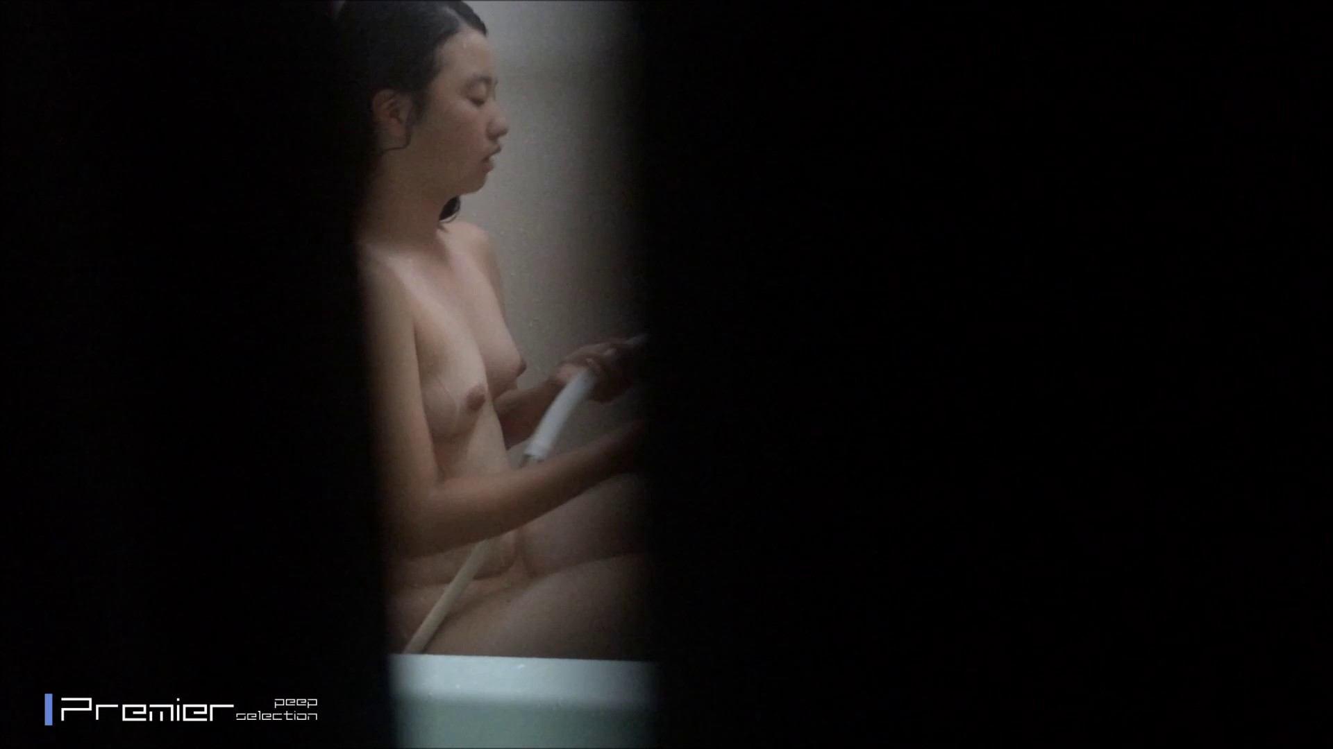 清楚な黒髪の美女 乙女の風呂場 Vol.22 ギャル攻め 戯れ無修正画像 72画像 72