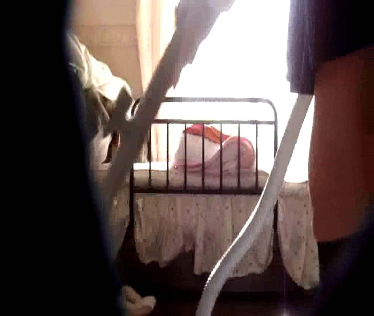 vol.3 まどかがパンツを見せながら部屋掃除、洗面所も少しどうぞ。 パンツ特集 エロ画像 106画像 13