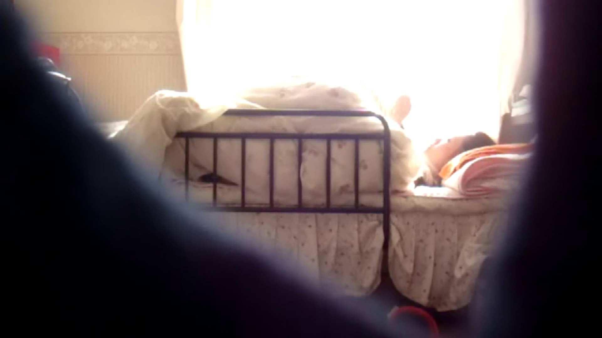 vol.4 まどかの帰宅後の部屋、ベッドで何かが始まります。 ギャル攻め | オナニーシーン  100画像 9