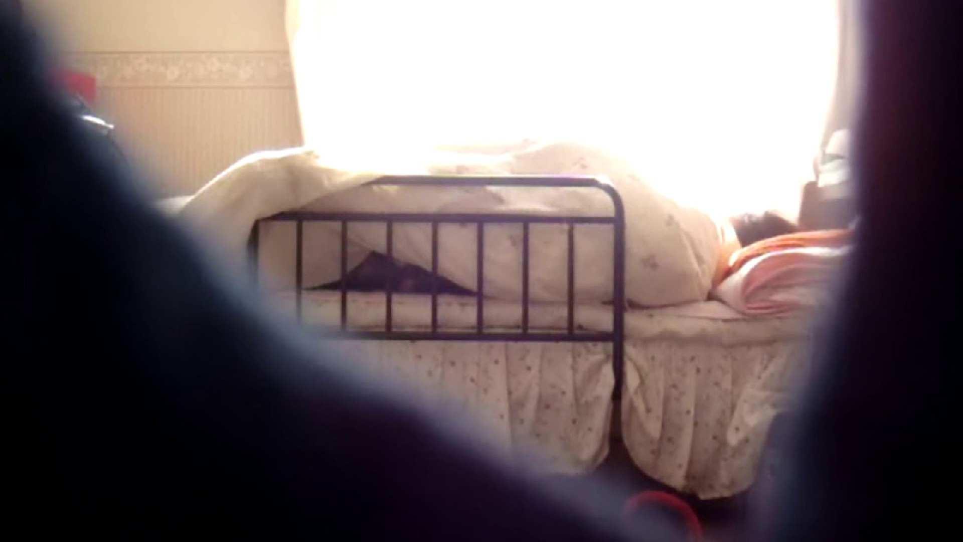 vol.4 まどかの帰宅後の部屋、ベッドで何かが始まります。 ギャル攻め | オナニーシーン  100画像 97