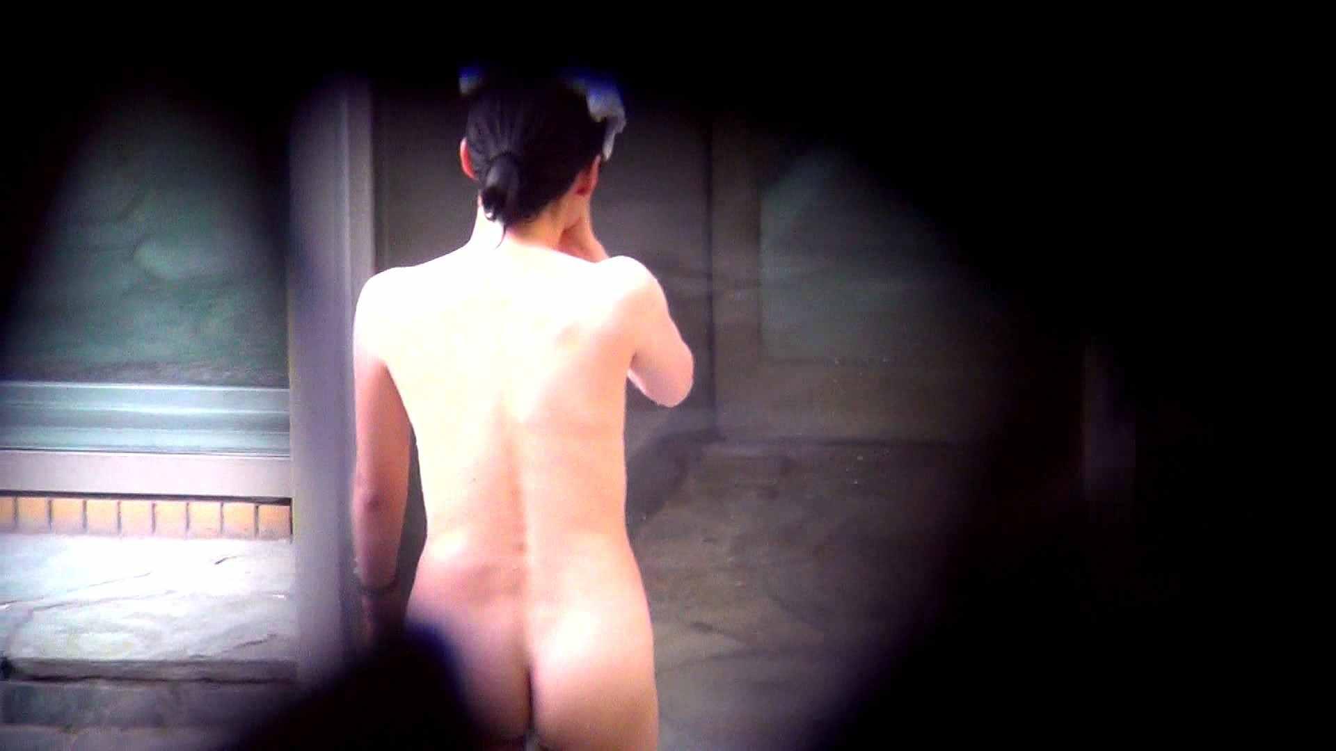 Vol.60 細身美女の股間から垂れているタコ糸 露天丸見え オマンコ無修正動画無料 74画像 11