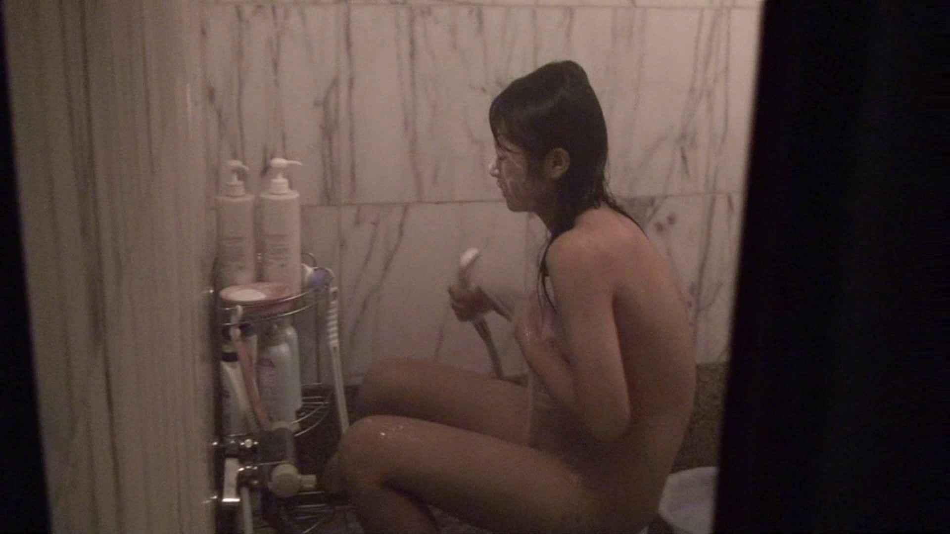 vol.03歌いながらつるつるのおっぱいを洗い流す彼女!近すぎてバレちゃた!? 美人編 AV無料 72画像 5