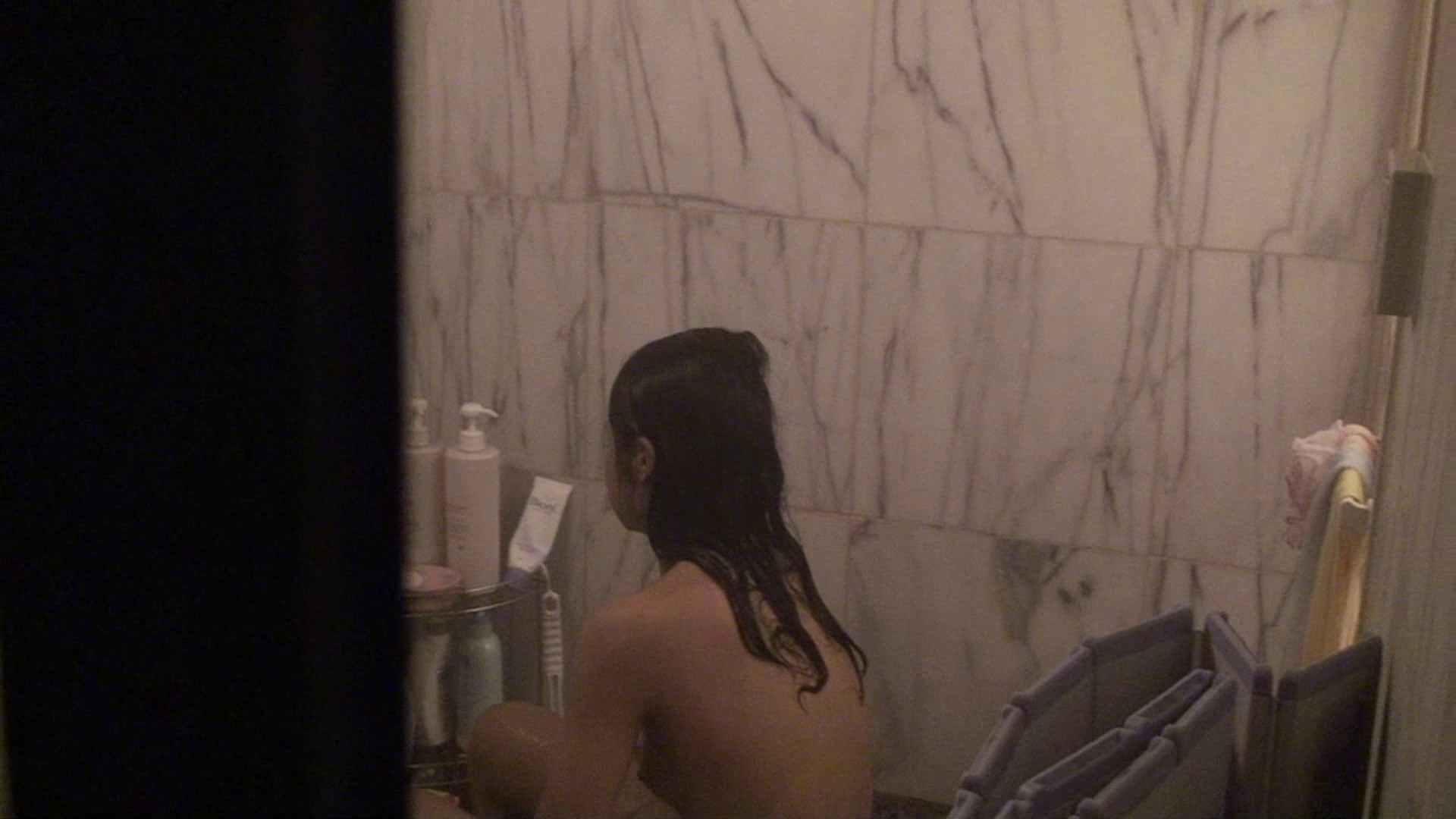 vol.03歌いながらつるつるのおっぱいを洗い流す彼女!近すぎてバレちゃた!? 細身女性 性交動画流出 72画像 57