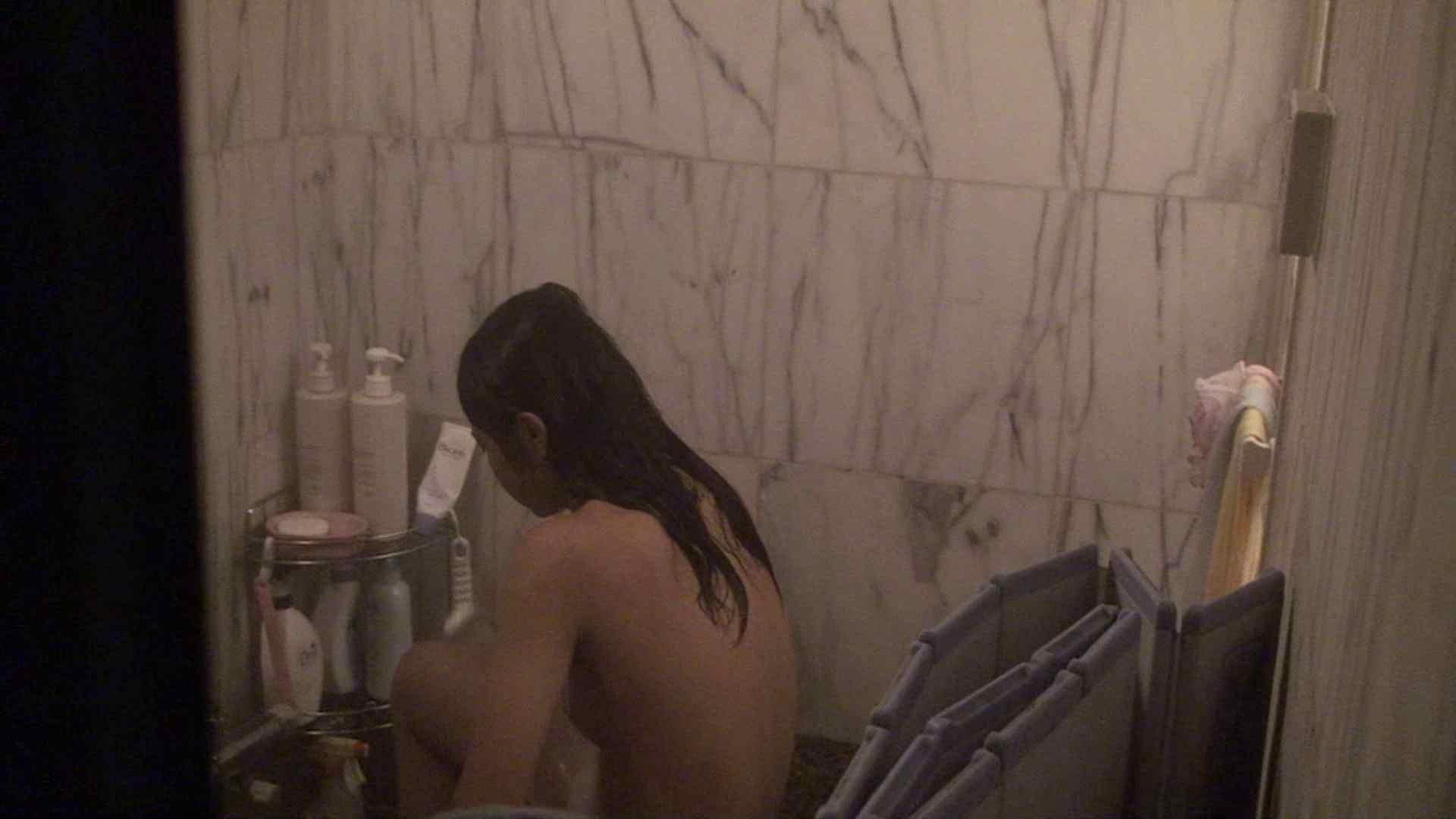 vol.03歌いながらつるつるのおっぱいを洗い流す彼女!近すぎてバレちゃた!? 細身女性 性交動画流出 72画像 66