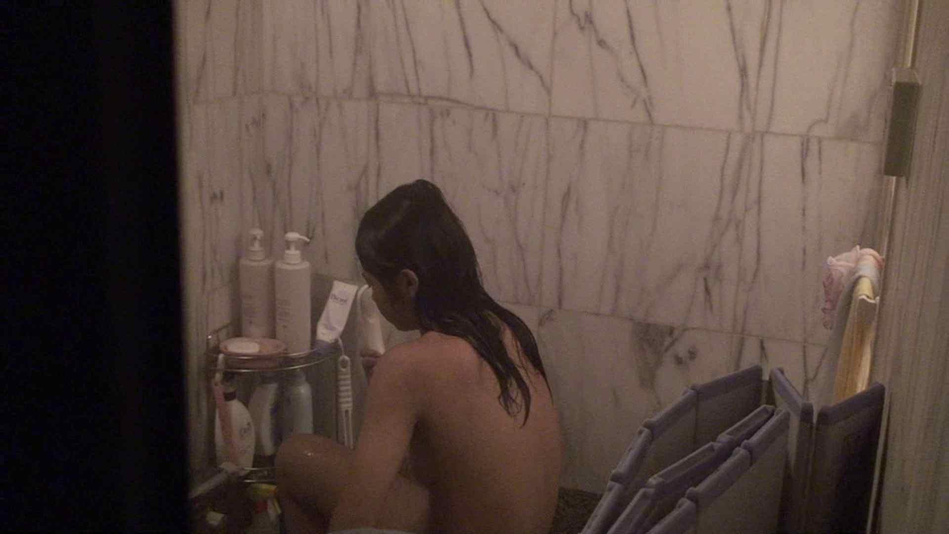 vol.03歌いながらつるつるのおっぱいを洗い流す彼女!近すぎてバレちゃた!? 覗き セックス画像 72画像 71