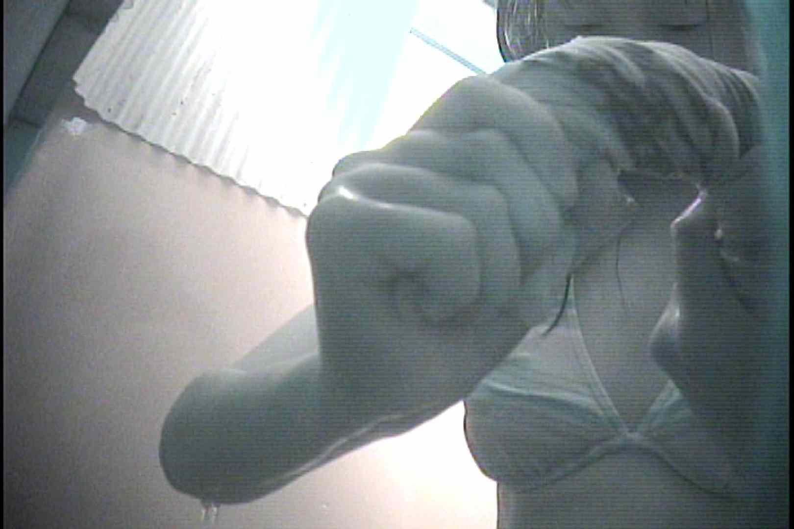 No.7 大きなお尻のぽっちゃり嬢は後ろから シャワー | シャワー室  68画像 1