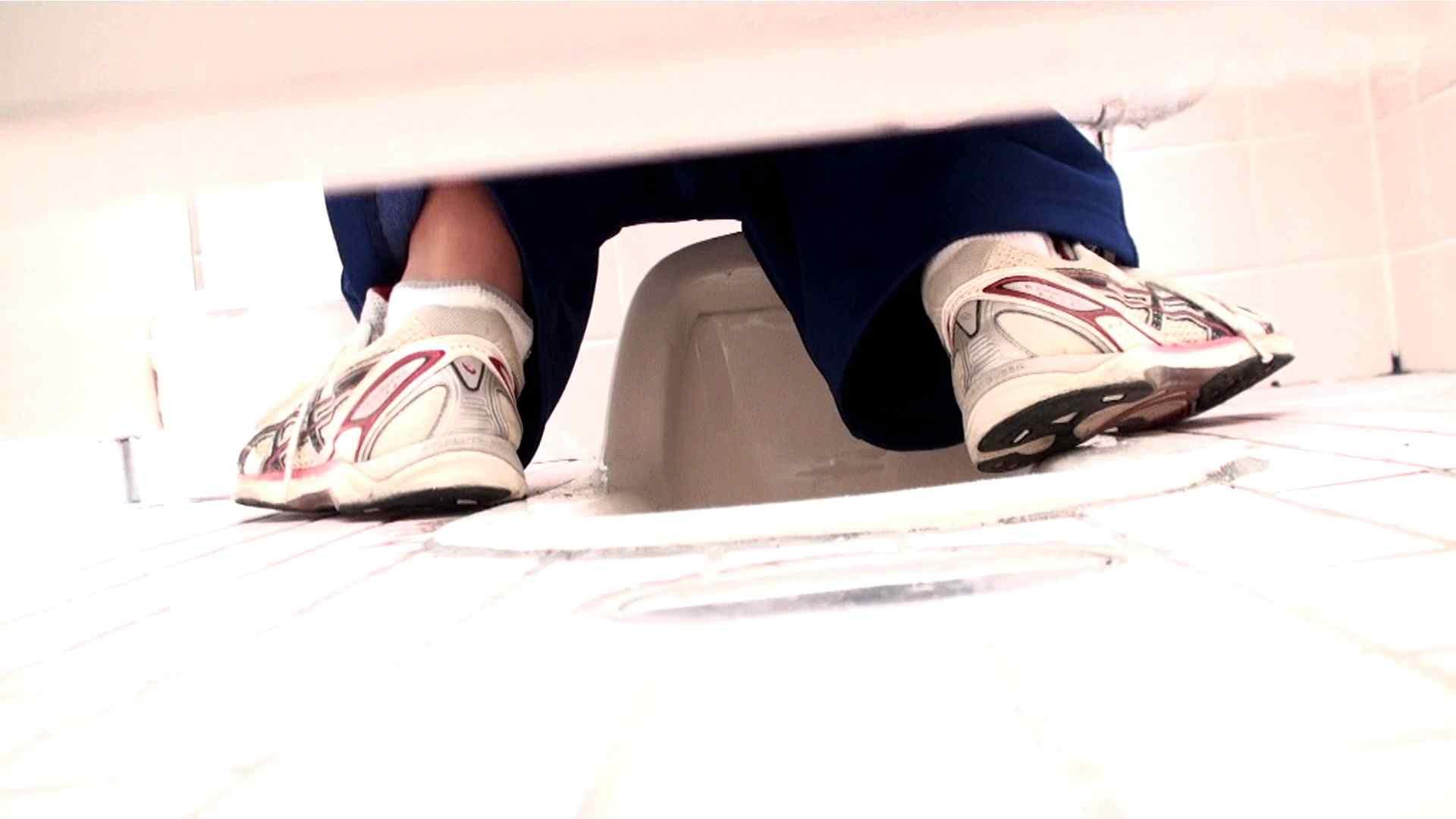 ※100個限定販売 至高下半身盗撮-プレミアム-【体育館編】VOL.5 洗面所  108画像 12
